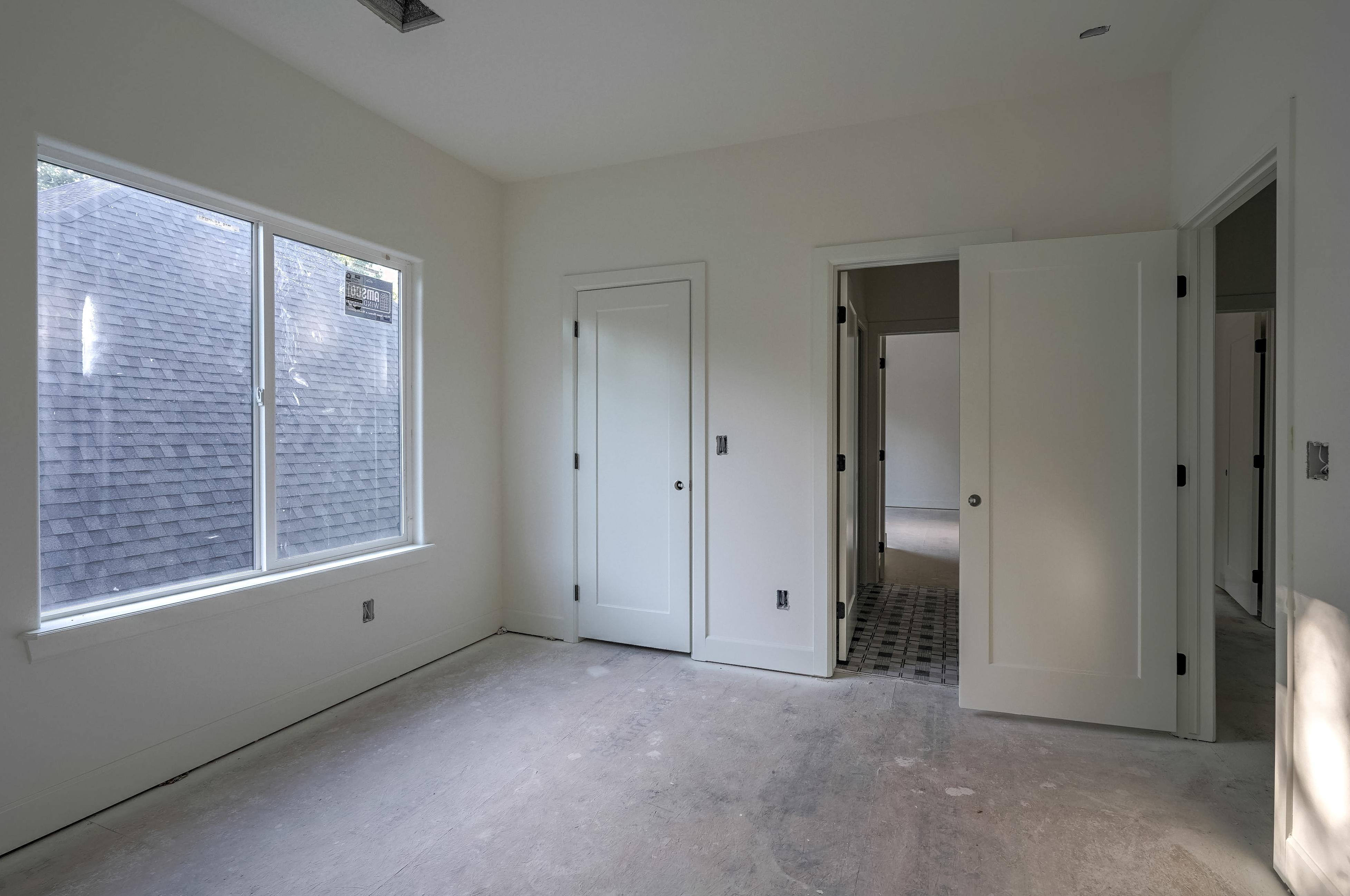 1016 E 37th Street Property Photo 30