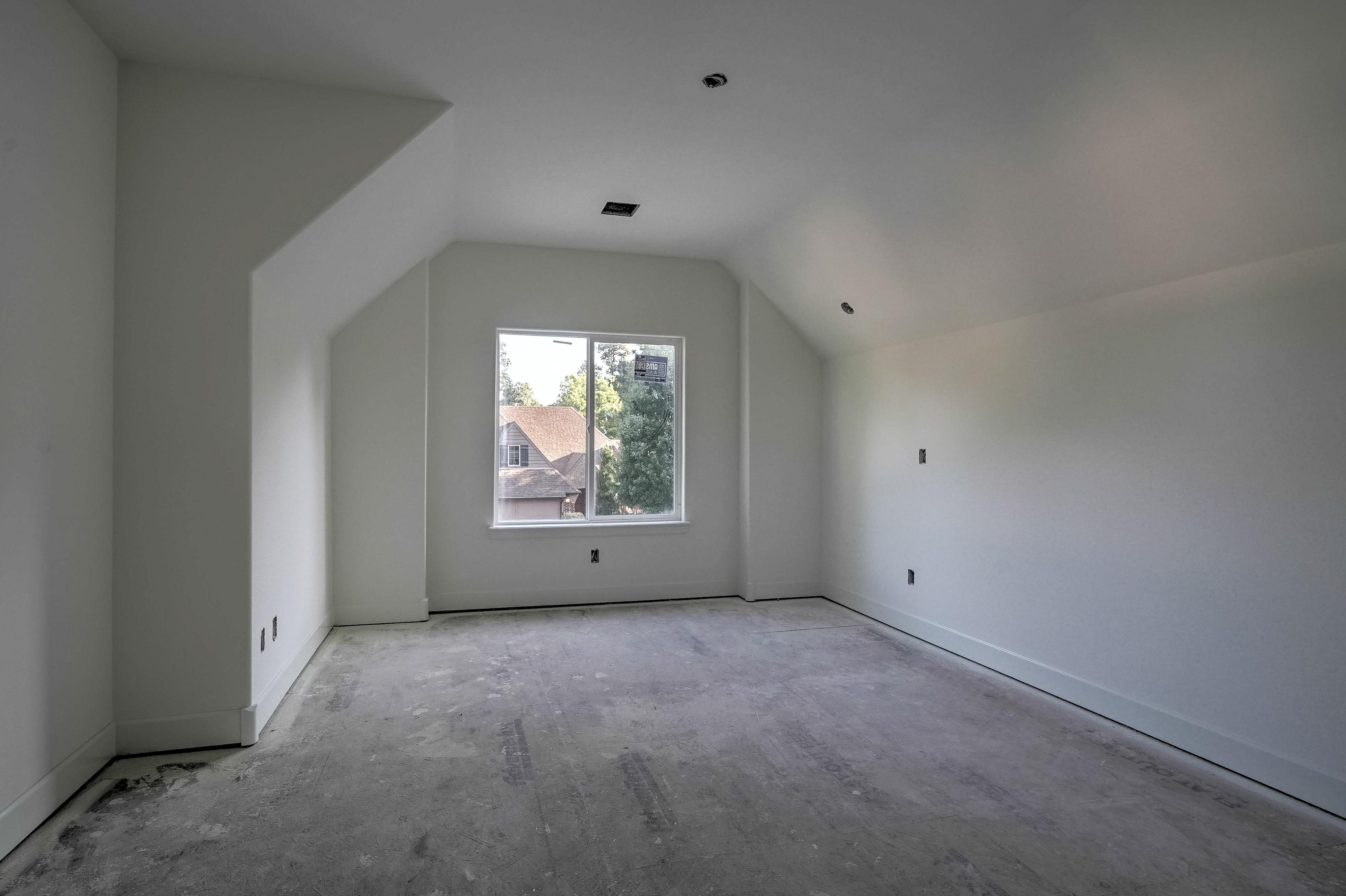 1016 E 37th Street Property Photo 31