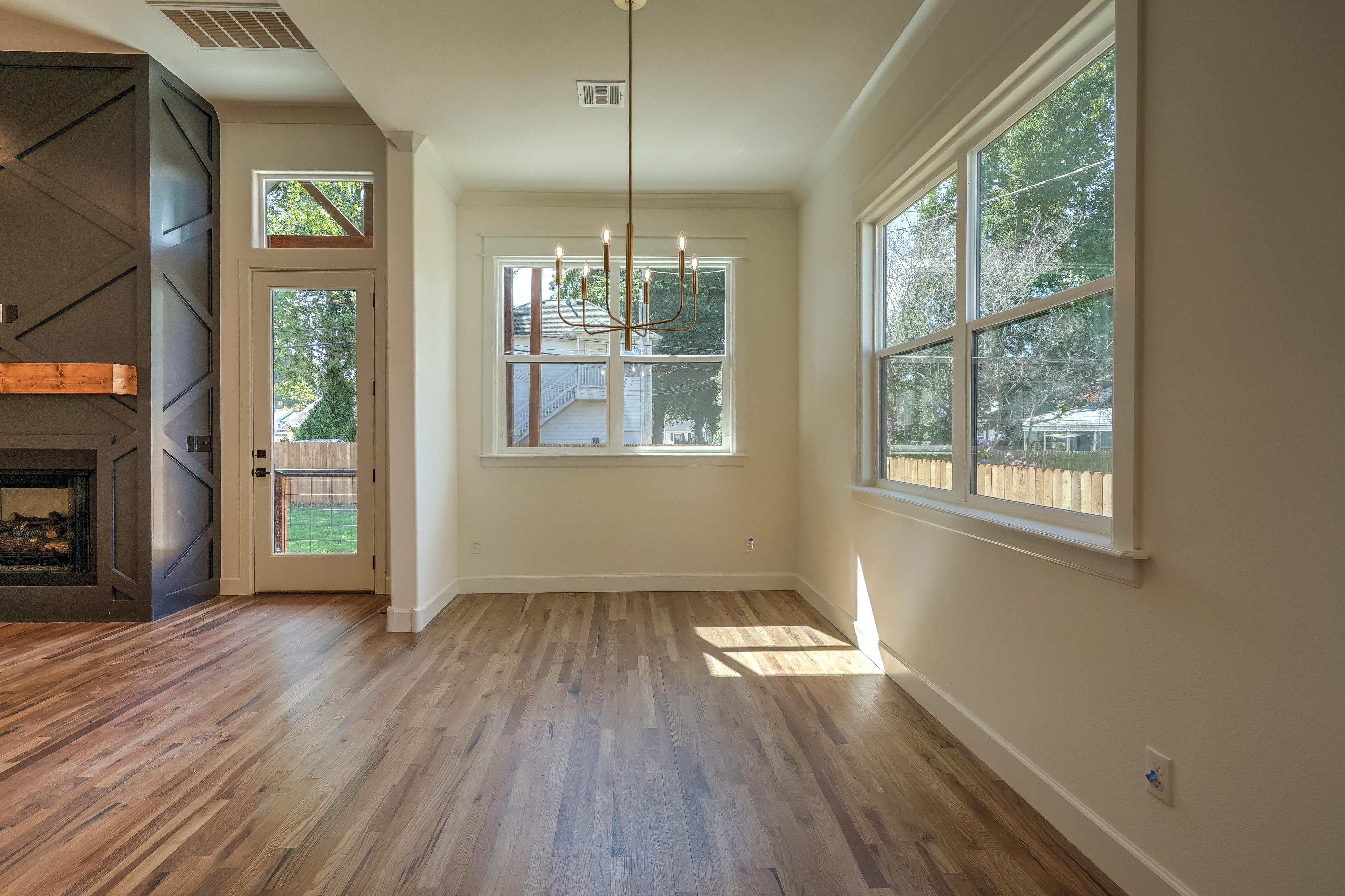 1016 E 37th Street Property Photo 14