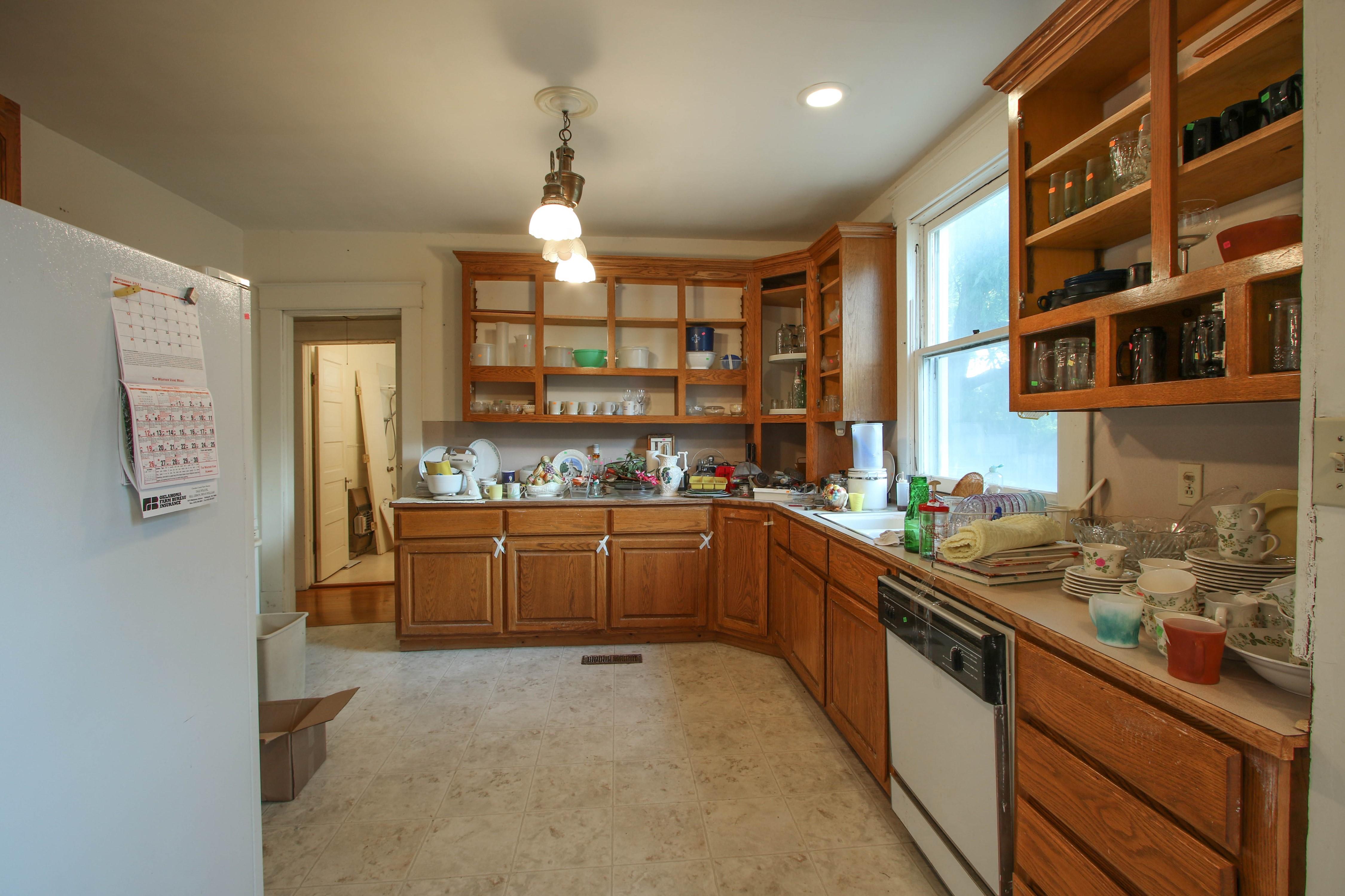 320 W Oak Avenue Property Photo 11