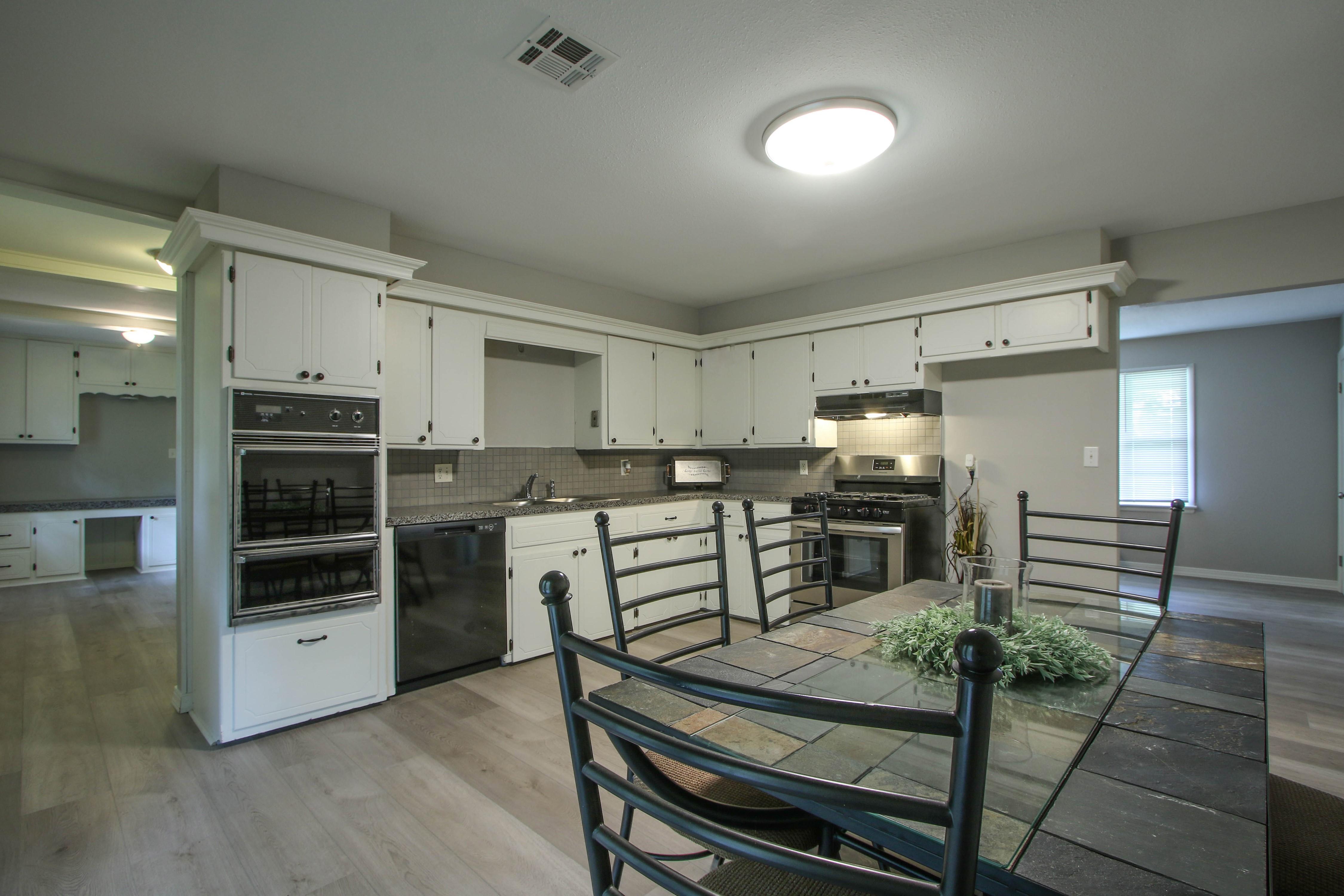 2011 Robison Street Property Photo 8