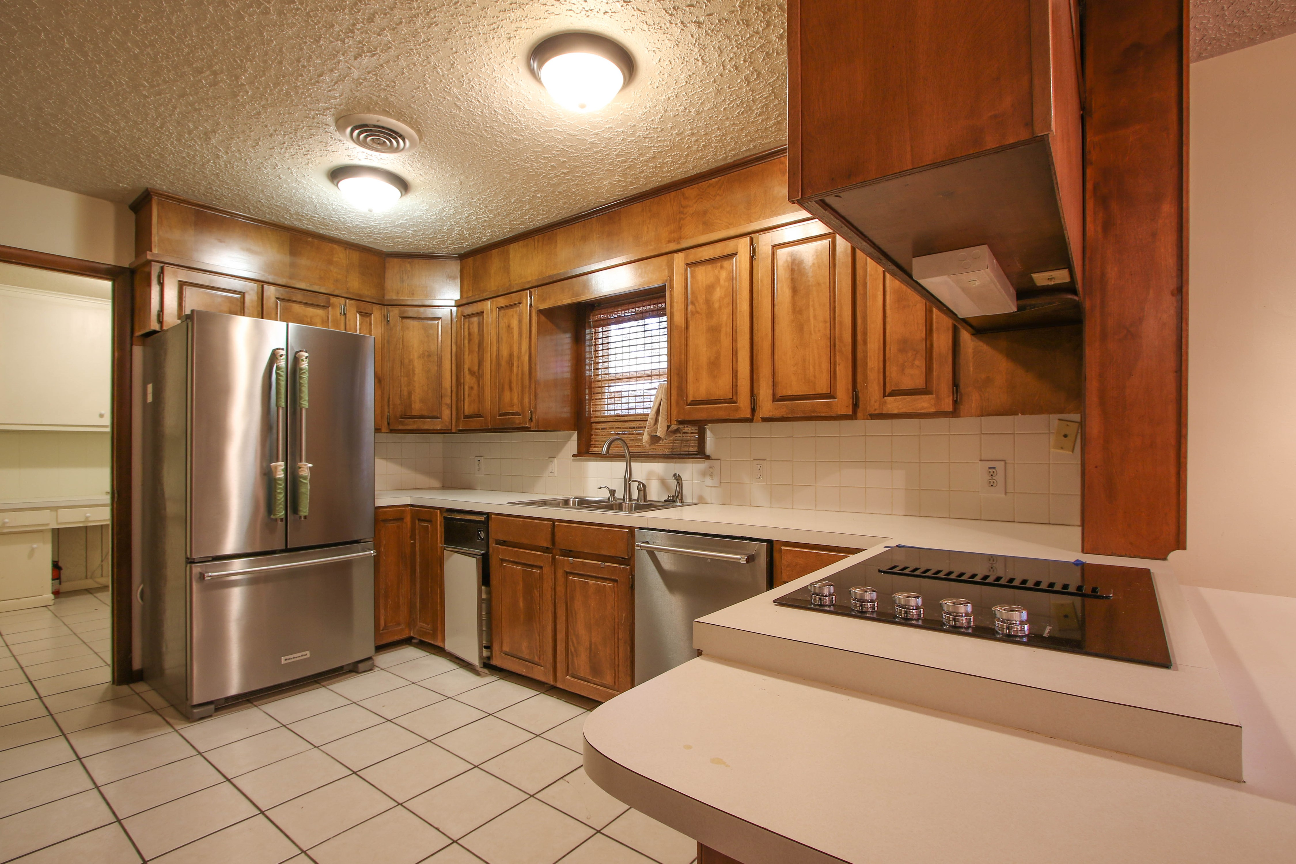 713 Brentwood Drive Property Photo 11