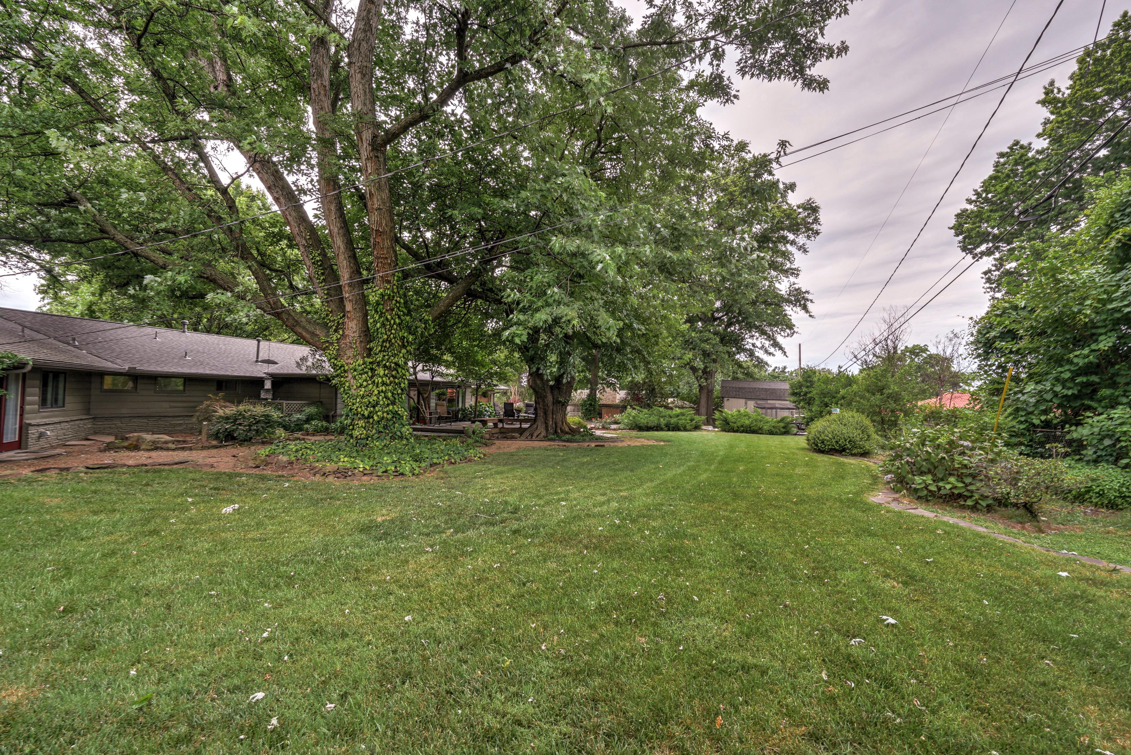 2431 E 46th Place Property Photo 36