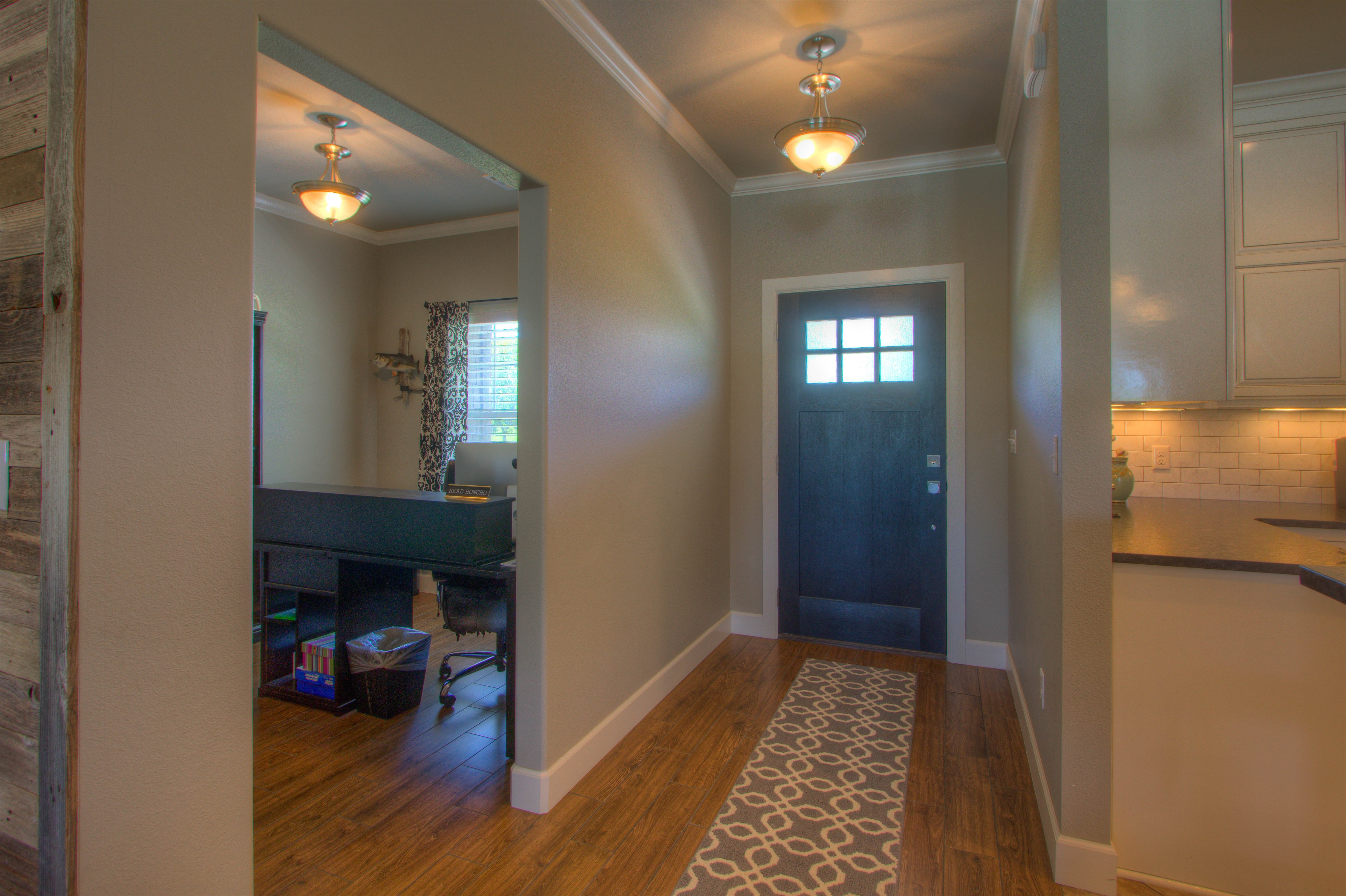 2619 E 161st Street Property Photo 3