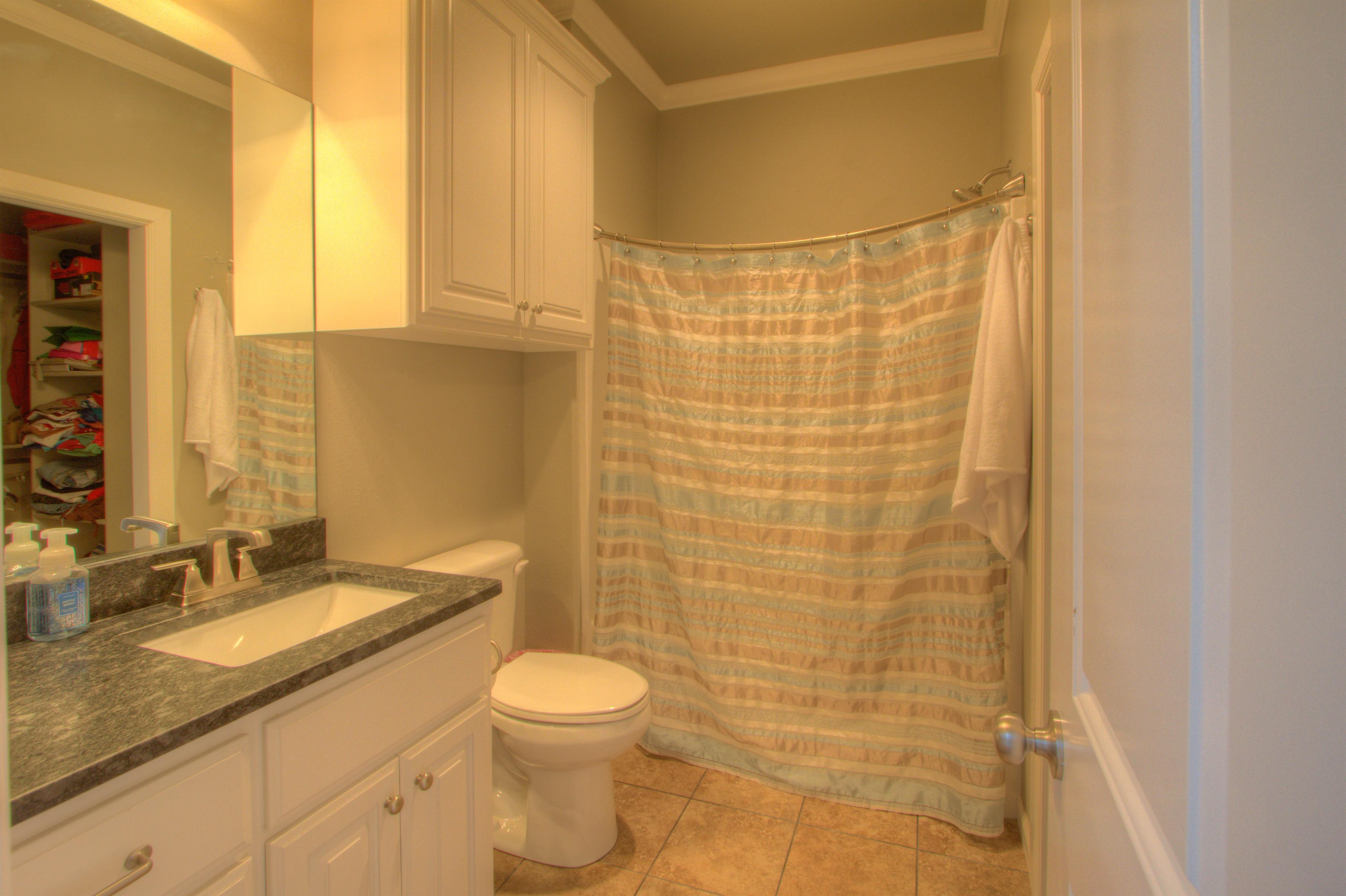 2619 E 161st Street Property Photo 23
