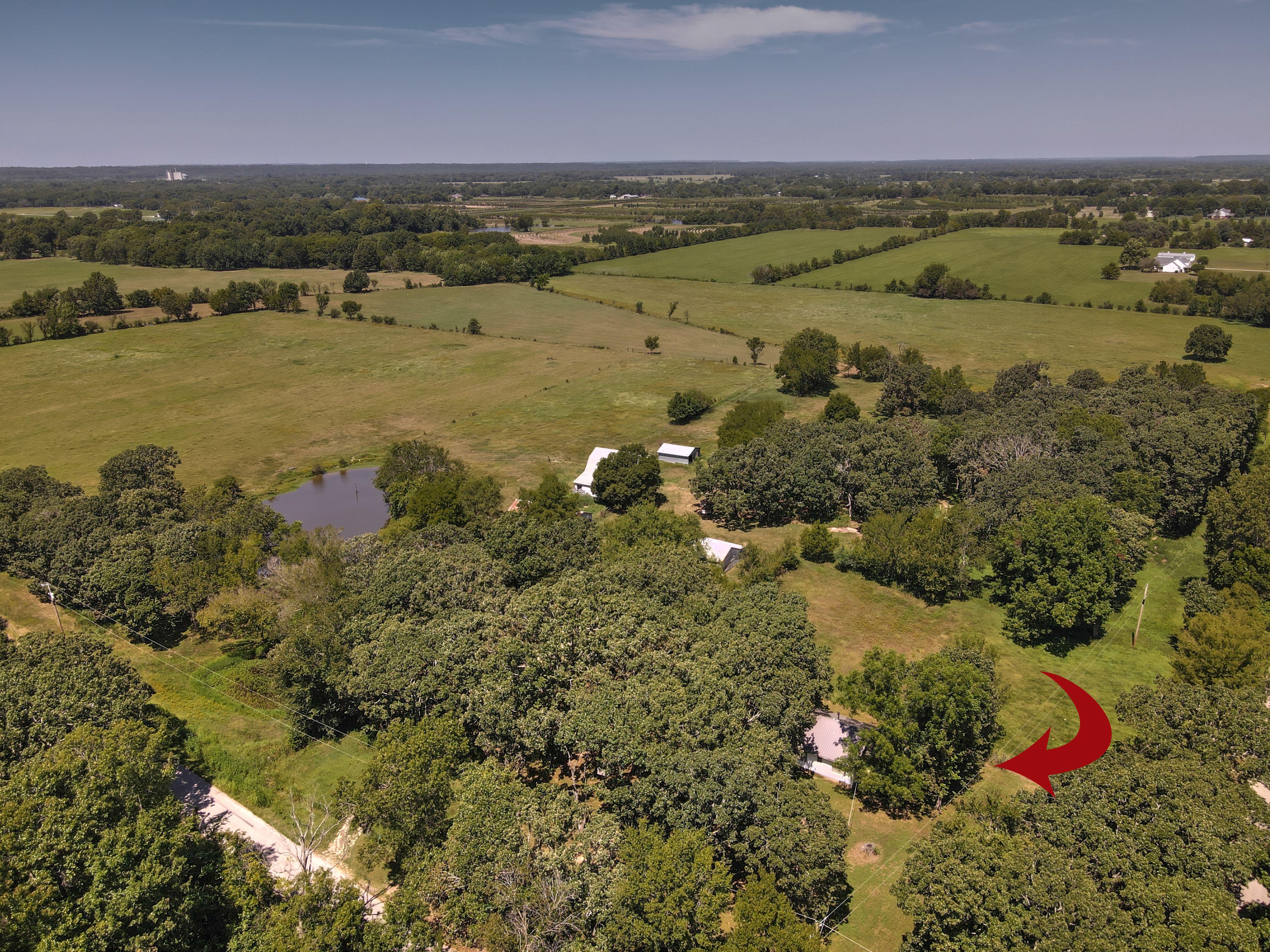 13955 E 600 Road Property Photo 1