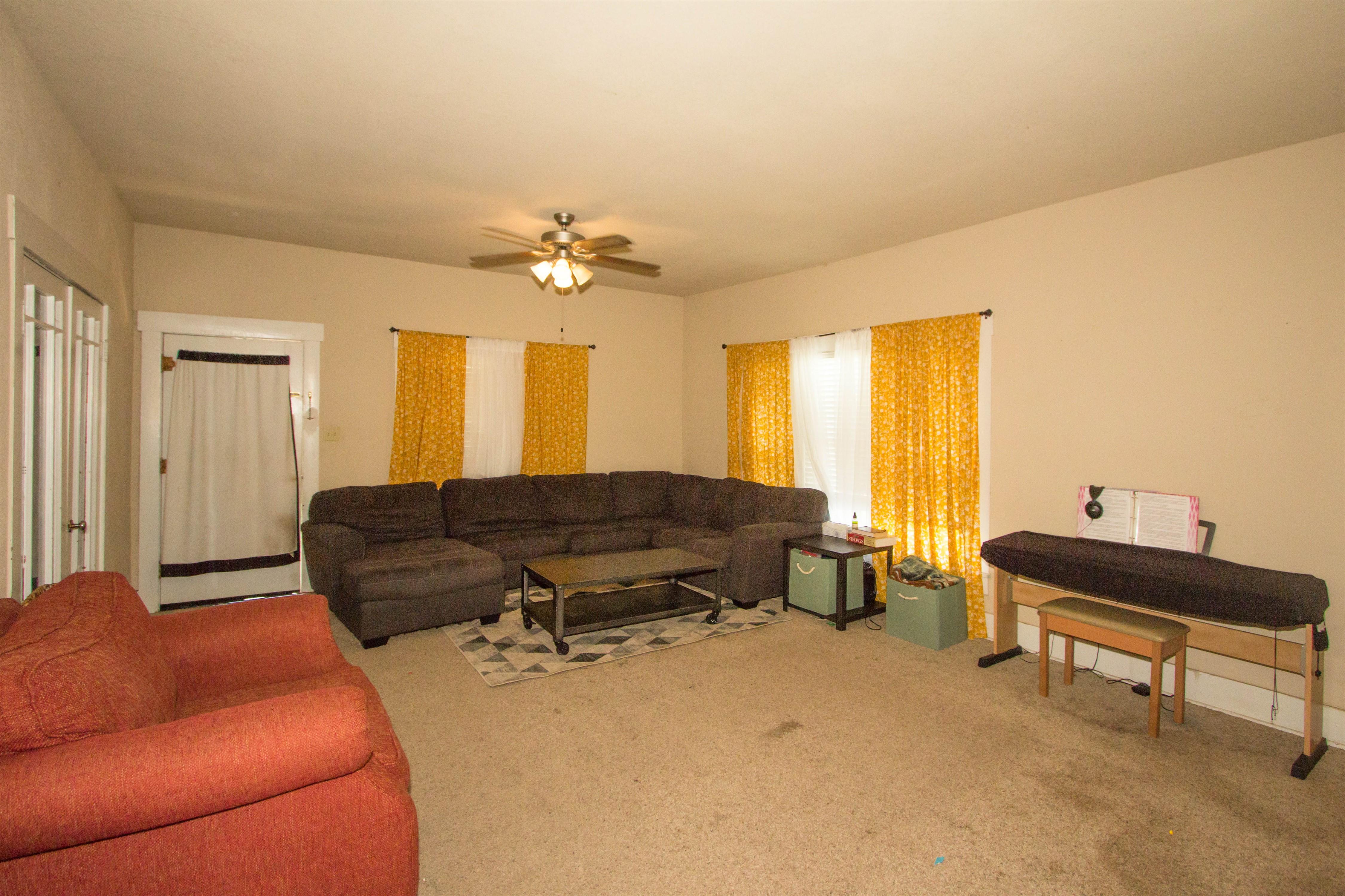 321 W 6th Avenue #74010 Property Photo 5