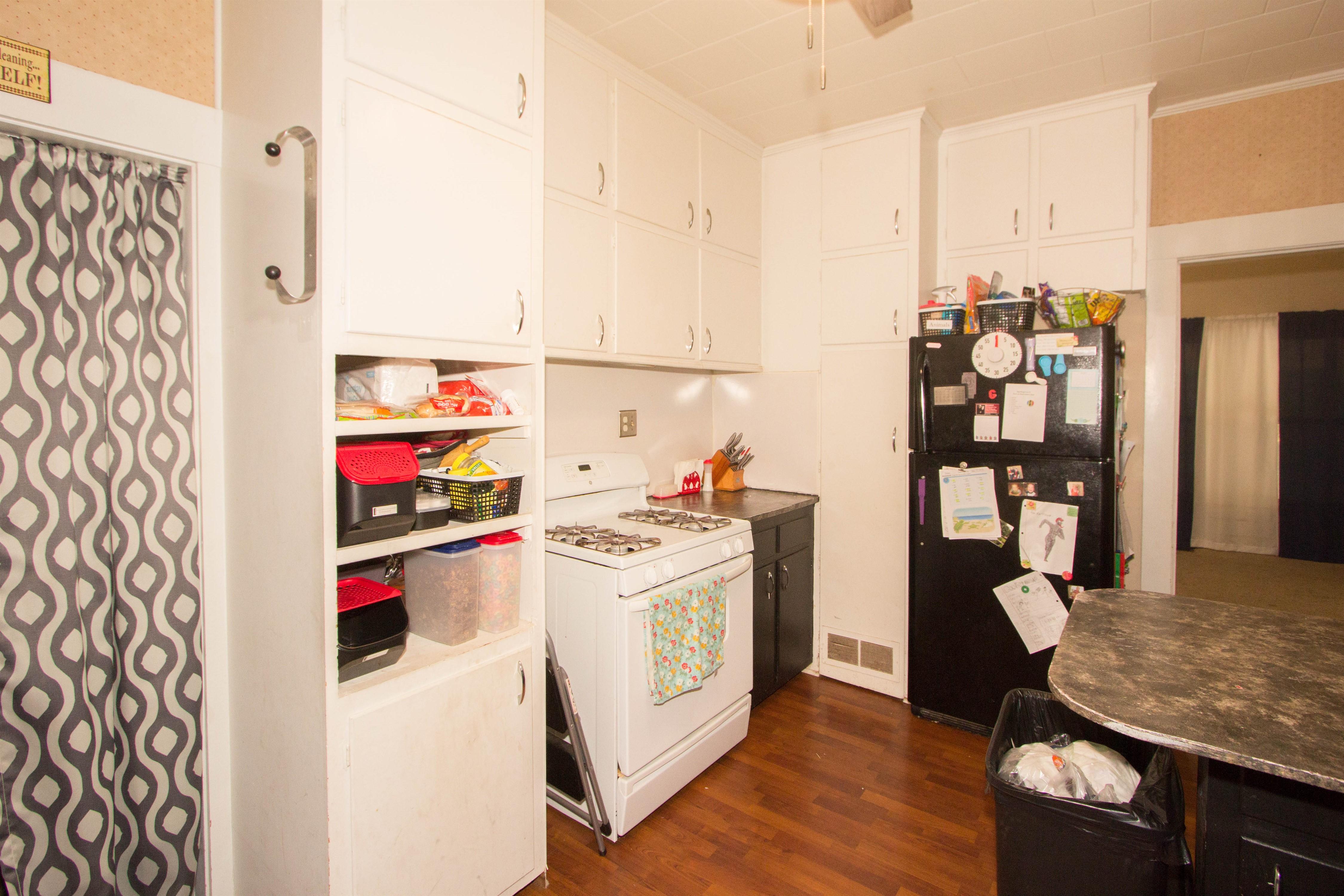 321 W 6th Avenue #74010 Property Photo 9