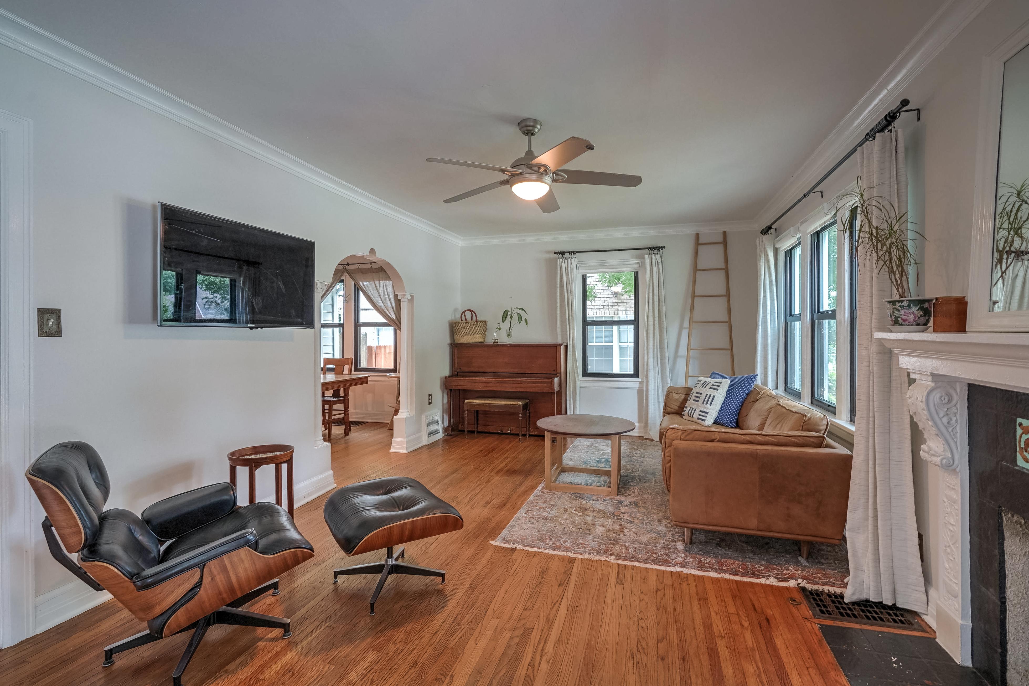 836 S Indianapolis Avenue Property Photo 6