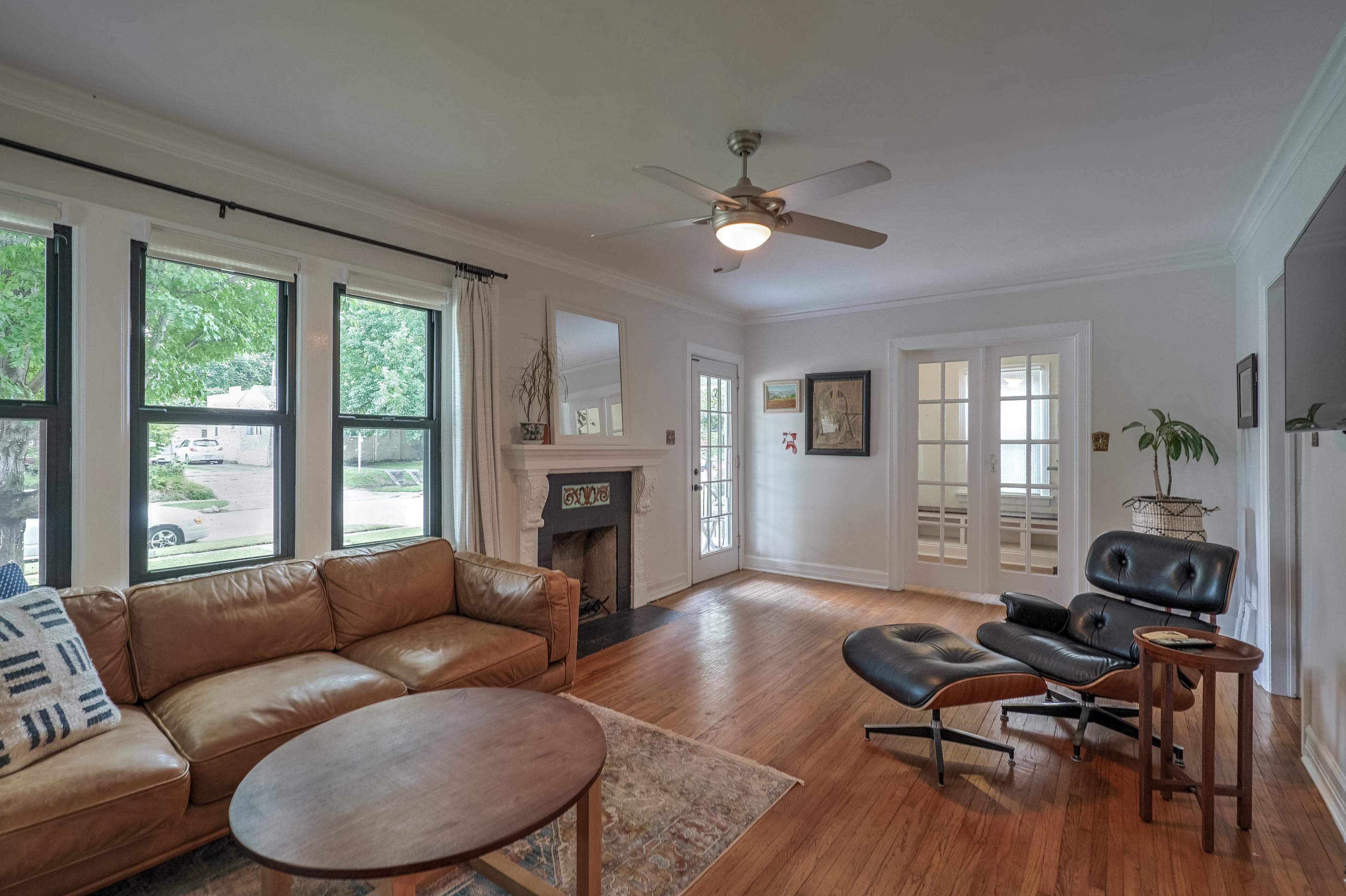 836 S Indianapolis Avenue Property Photo 7