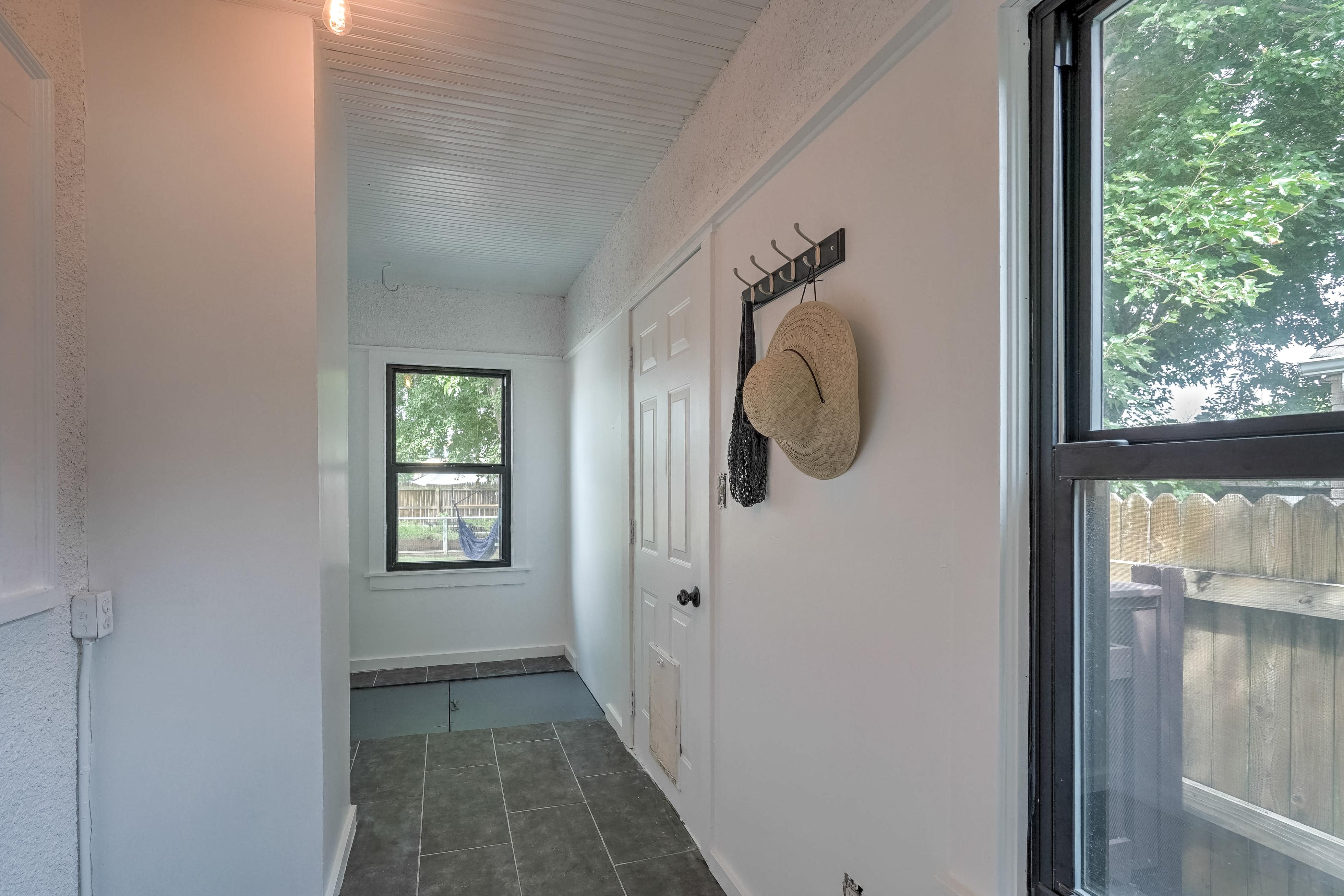 836 S Indianapolis Avenue Property Photo 16