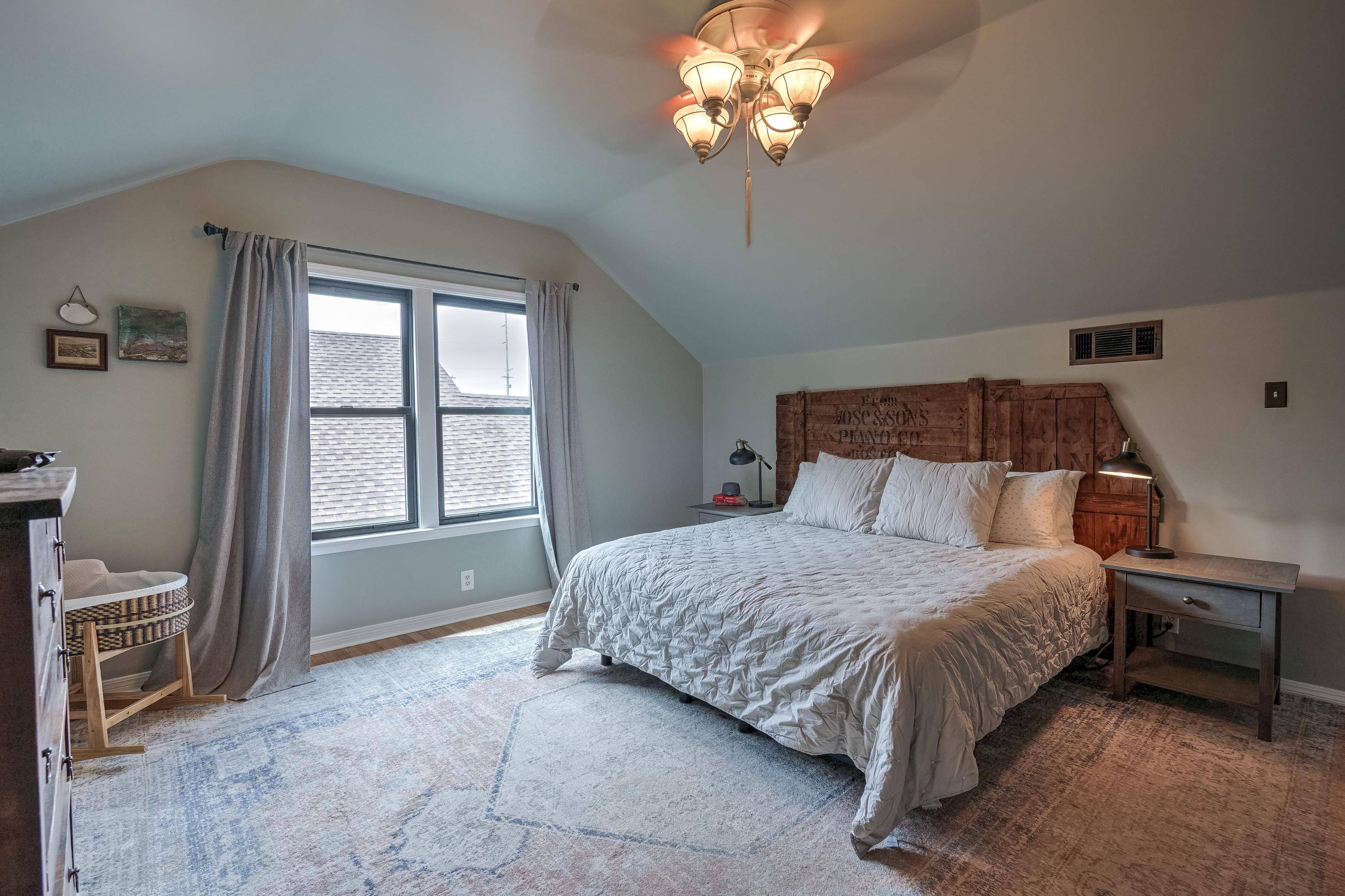 836 S Indianapolis Avenue Property Photo 23