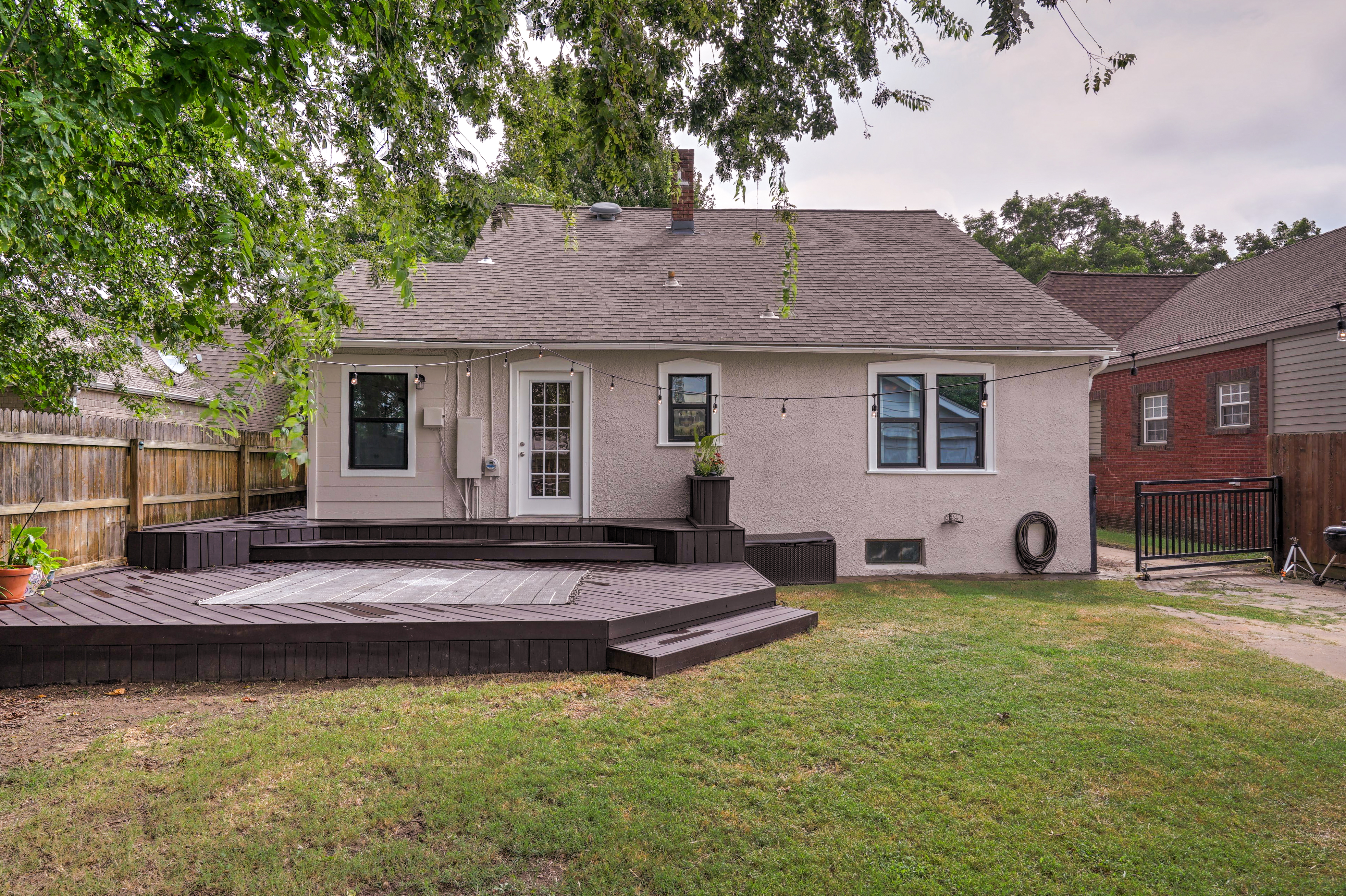 836 S Indianapolis Avenue Property Photo 30