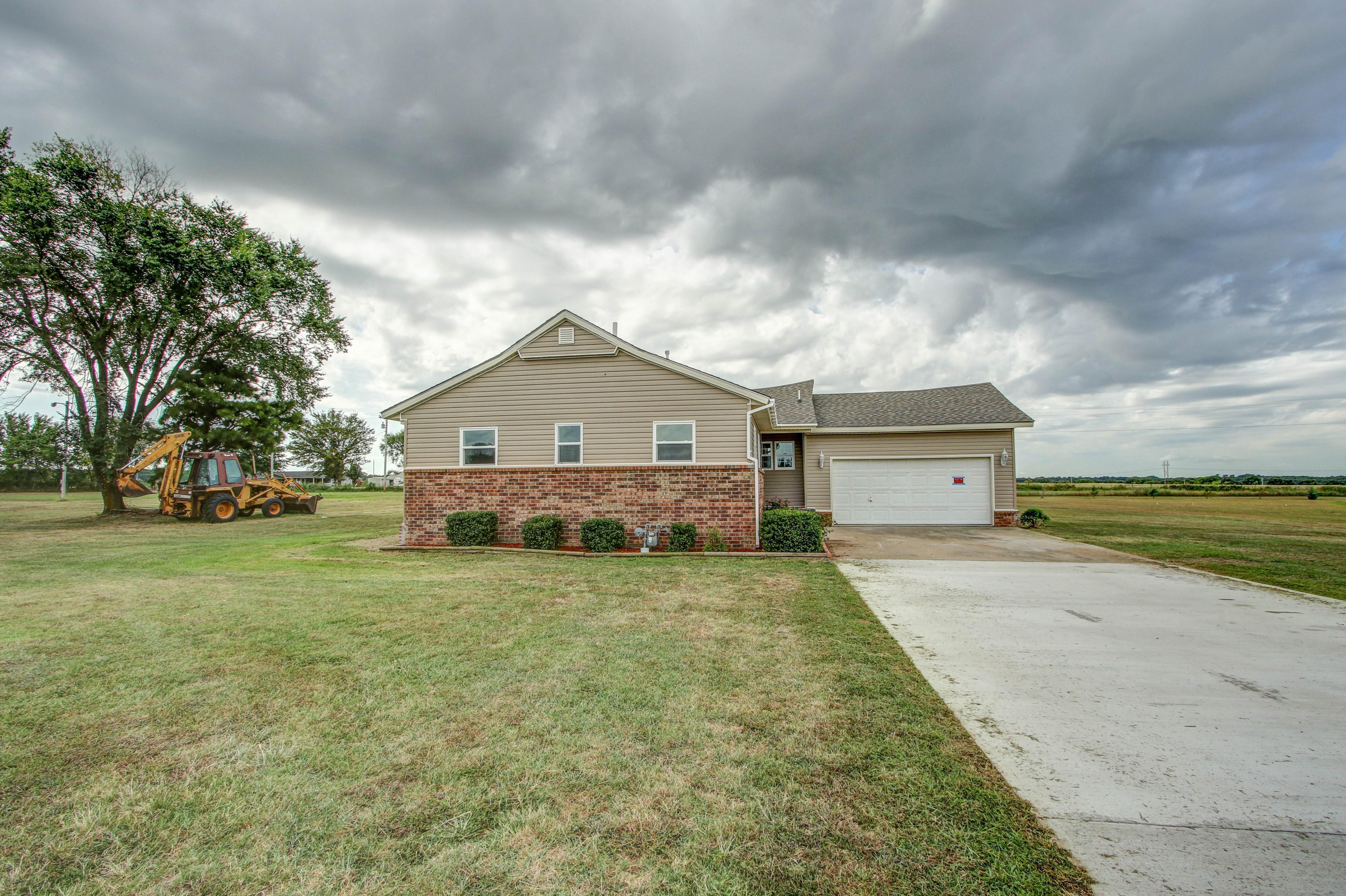 17167 E Clover Circle Property Photo 2