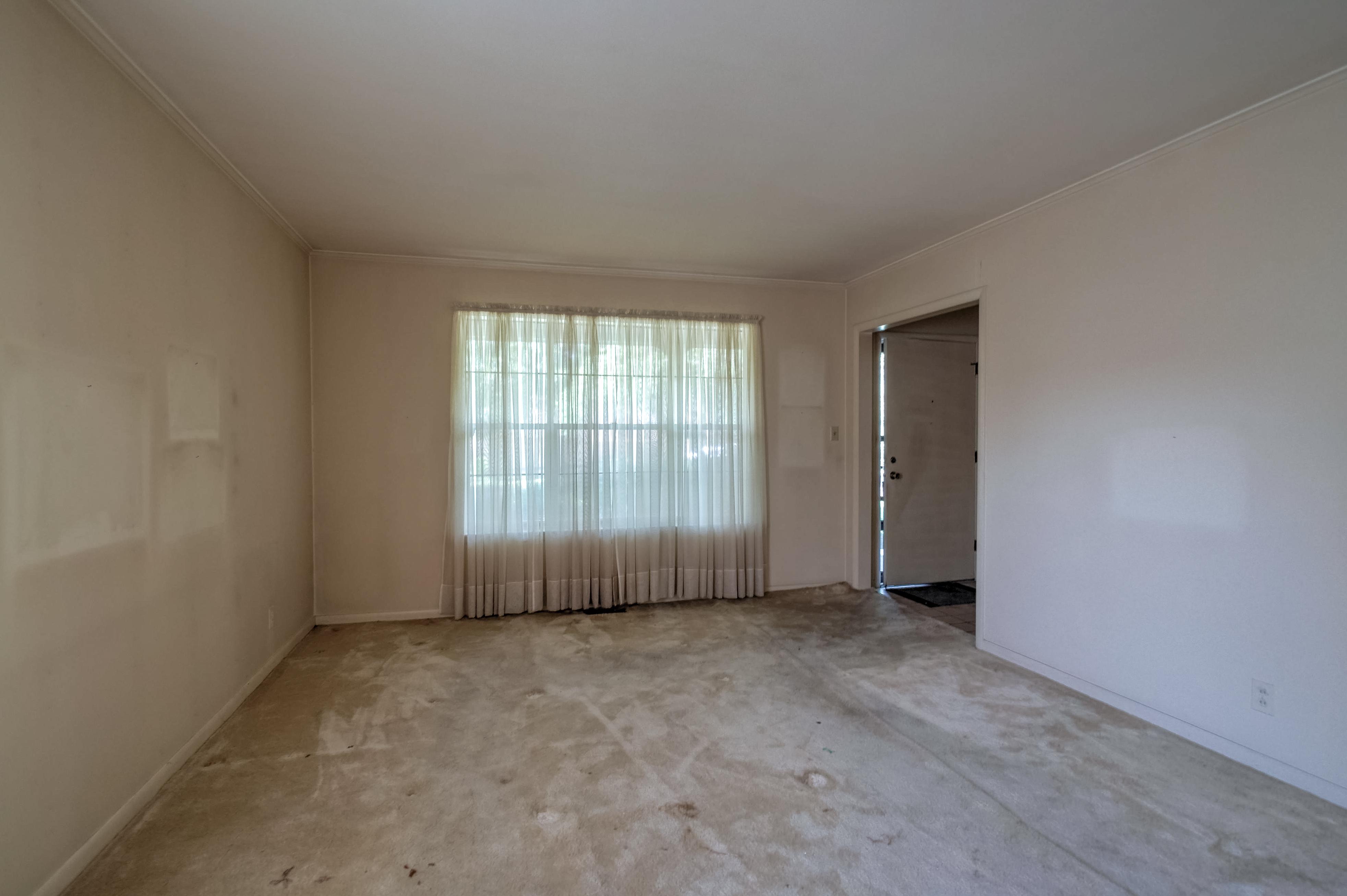 2919 E 46th Street Property Photo 13