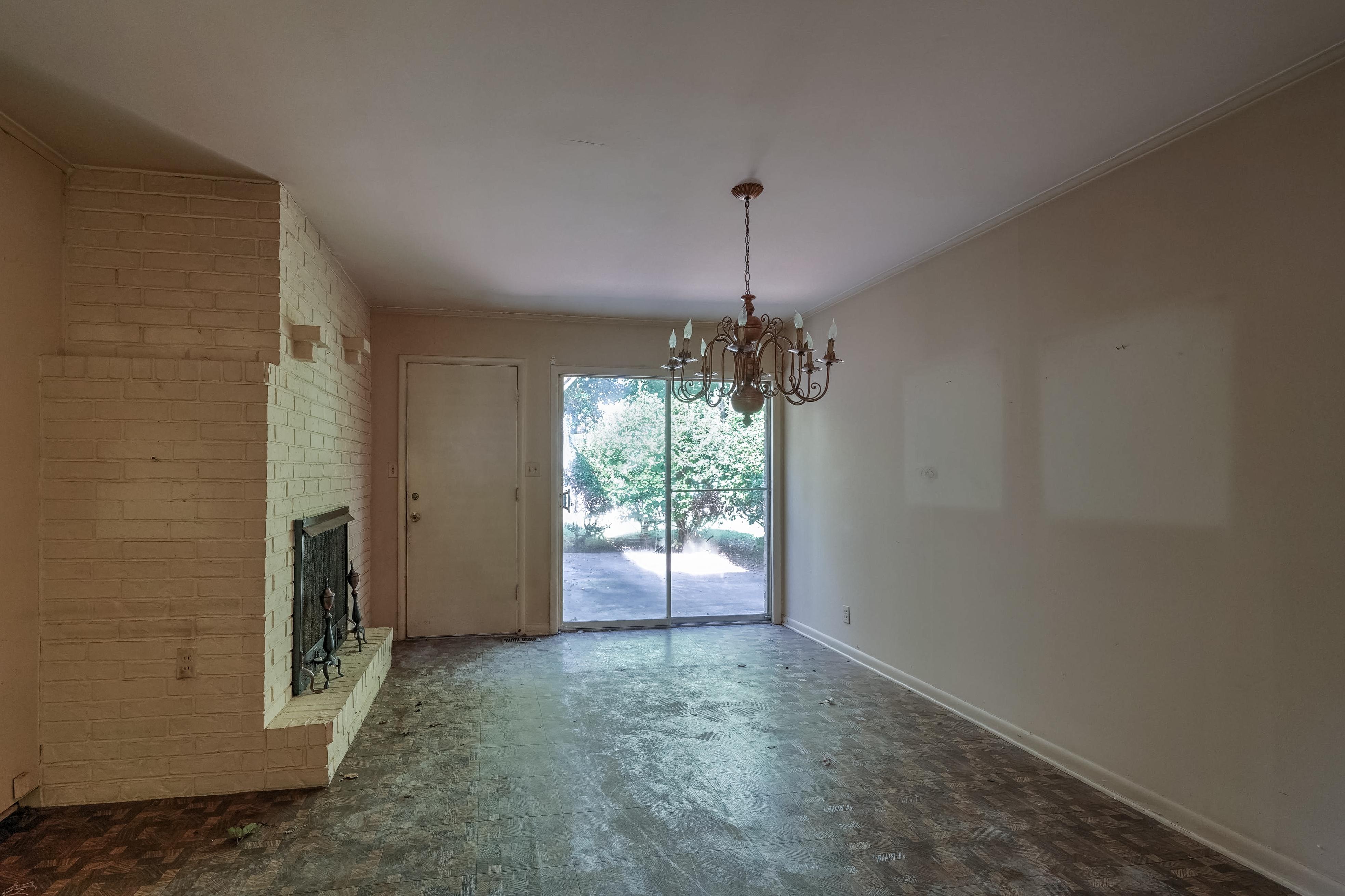 2919 E 46th Street Property Photo 16