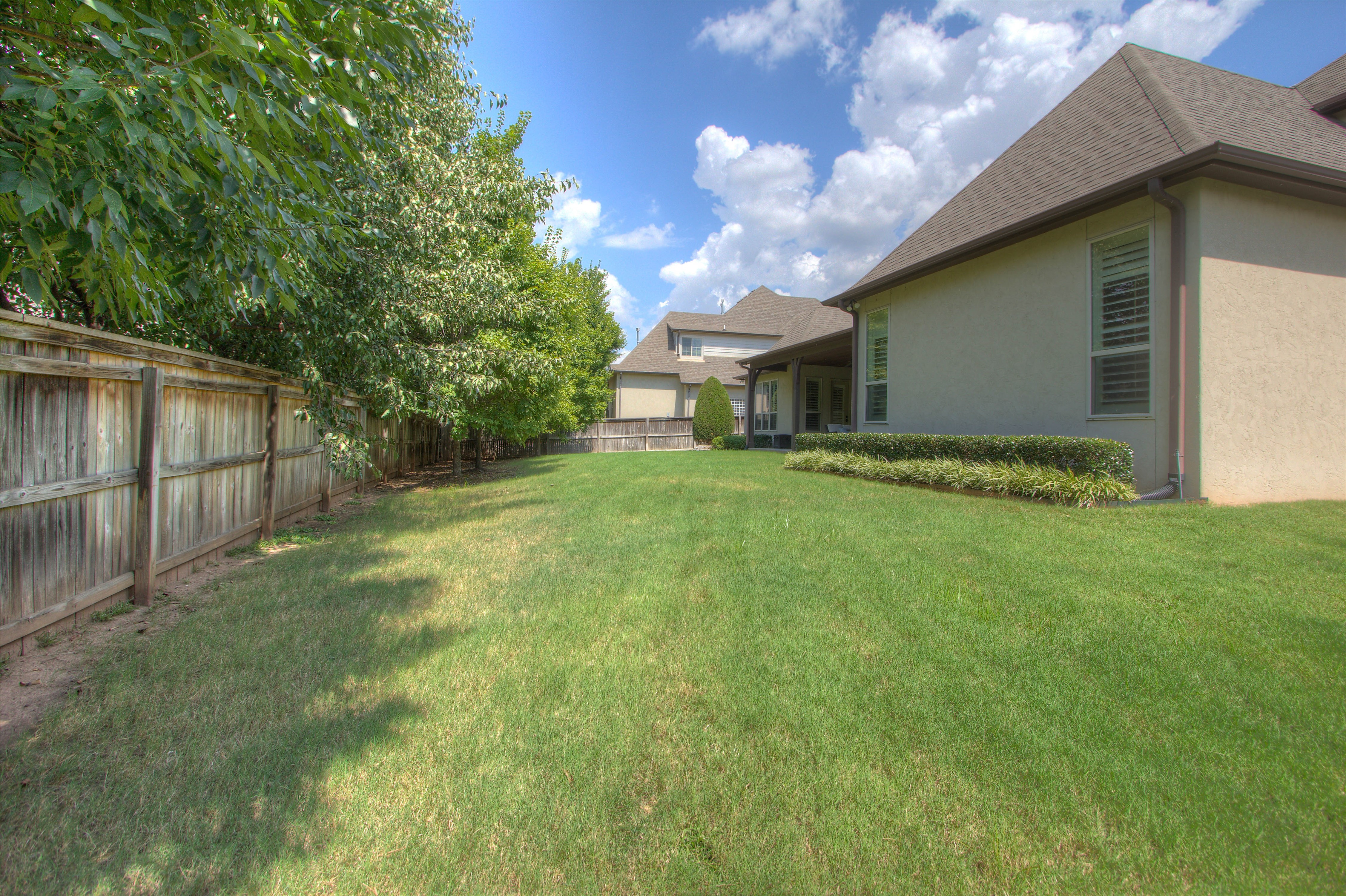 10960 S 93rd East Place Property Photo 45