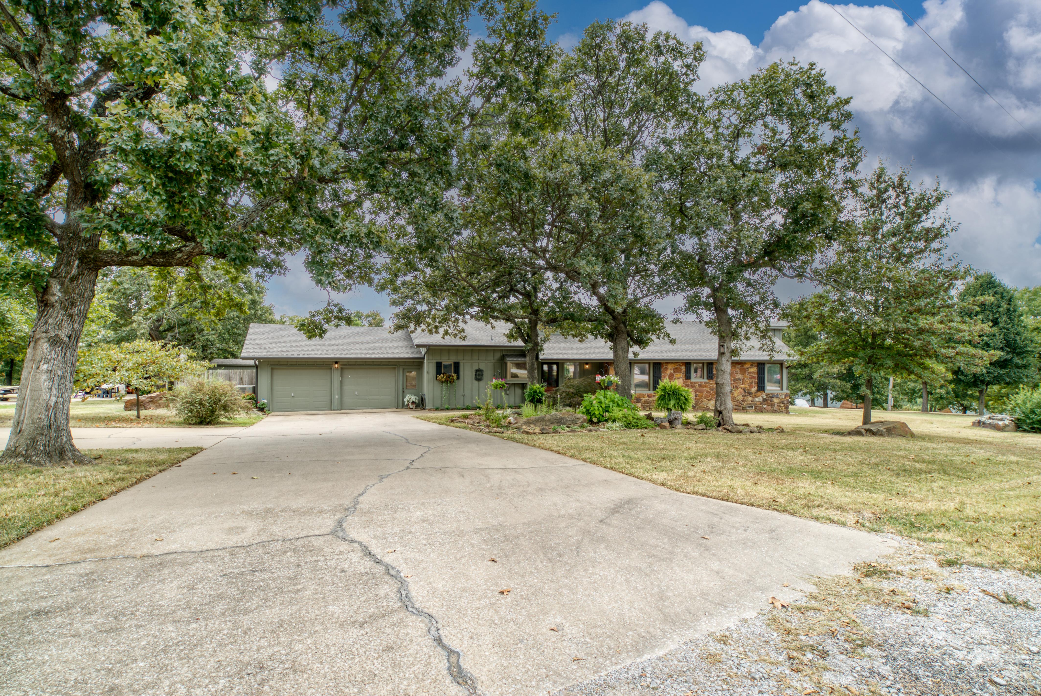 15503 Overlook Drive Property Photo 48