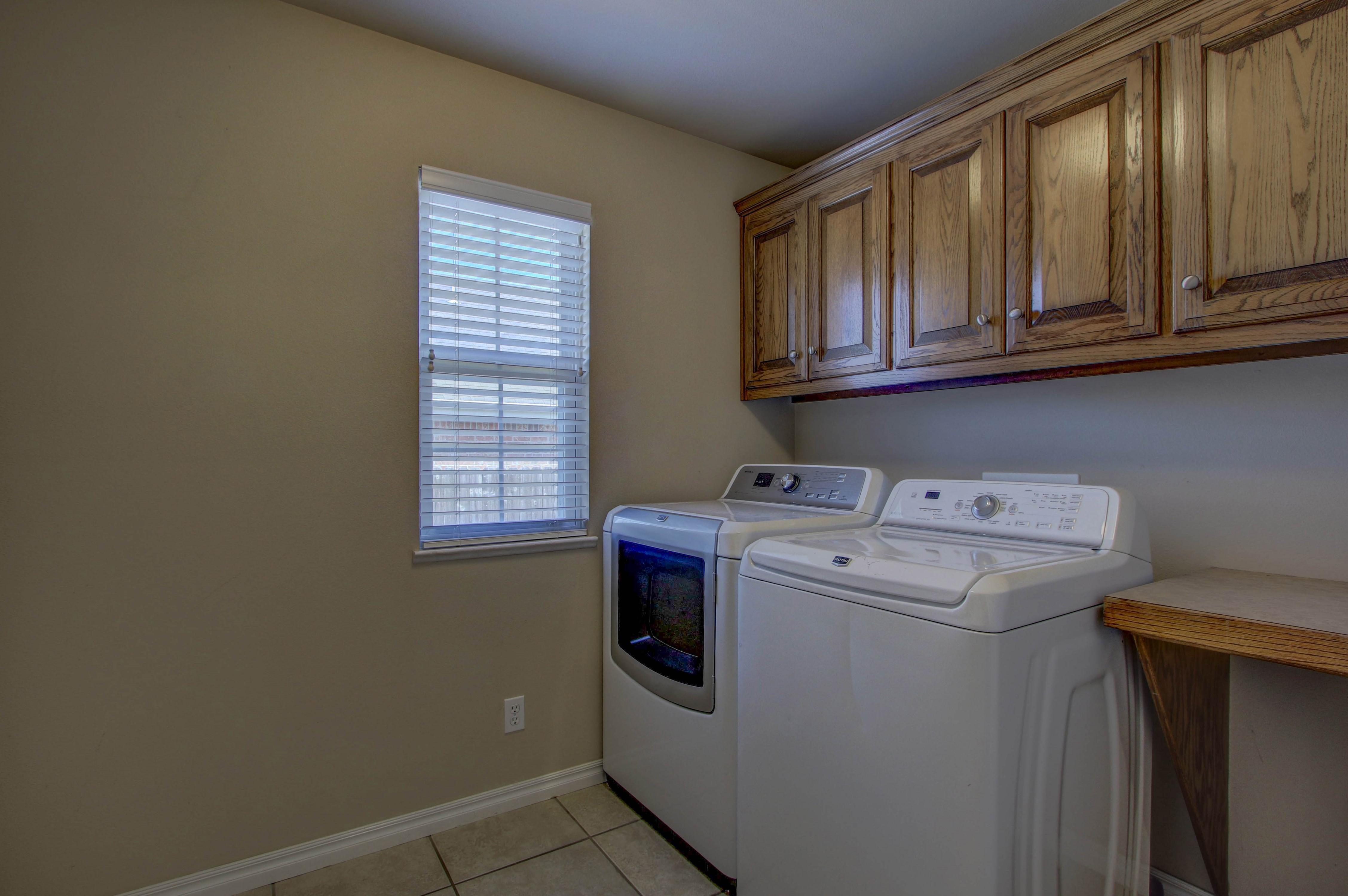 919 Willow Creek Drive Property Photo 26
