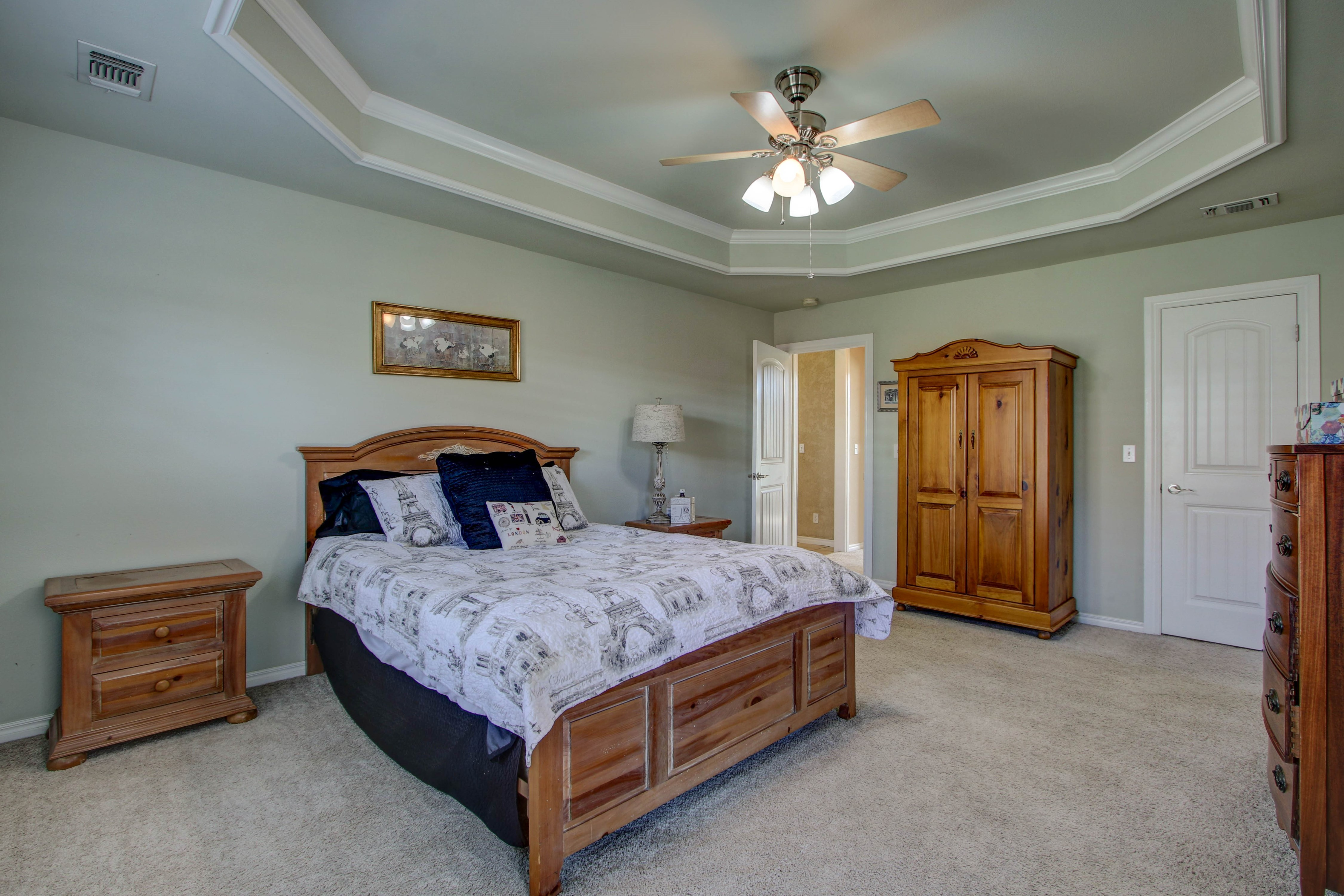 919 Willow Creek Drive Property Photo 19