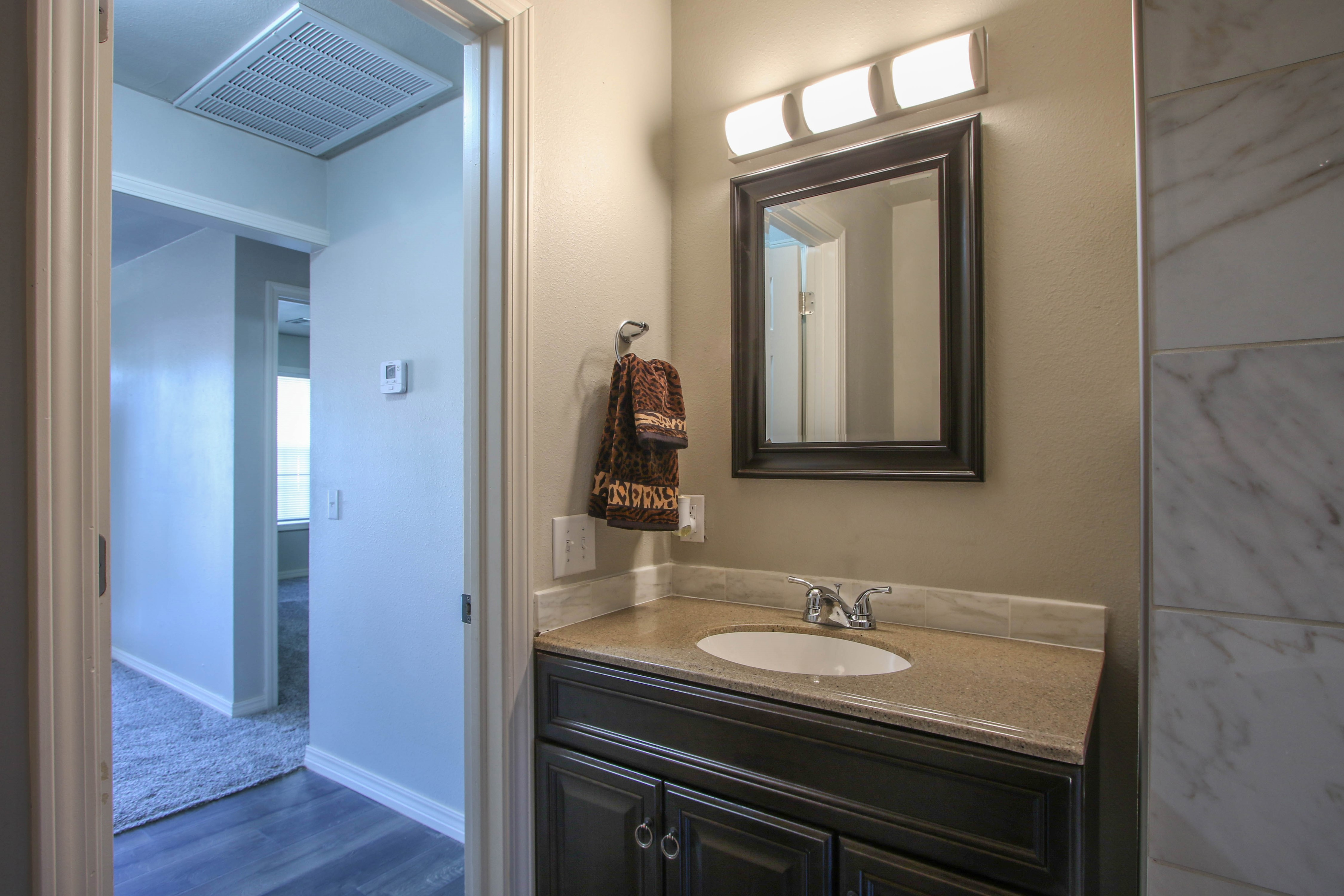 326 N Oak Avenue Property Photo 18