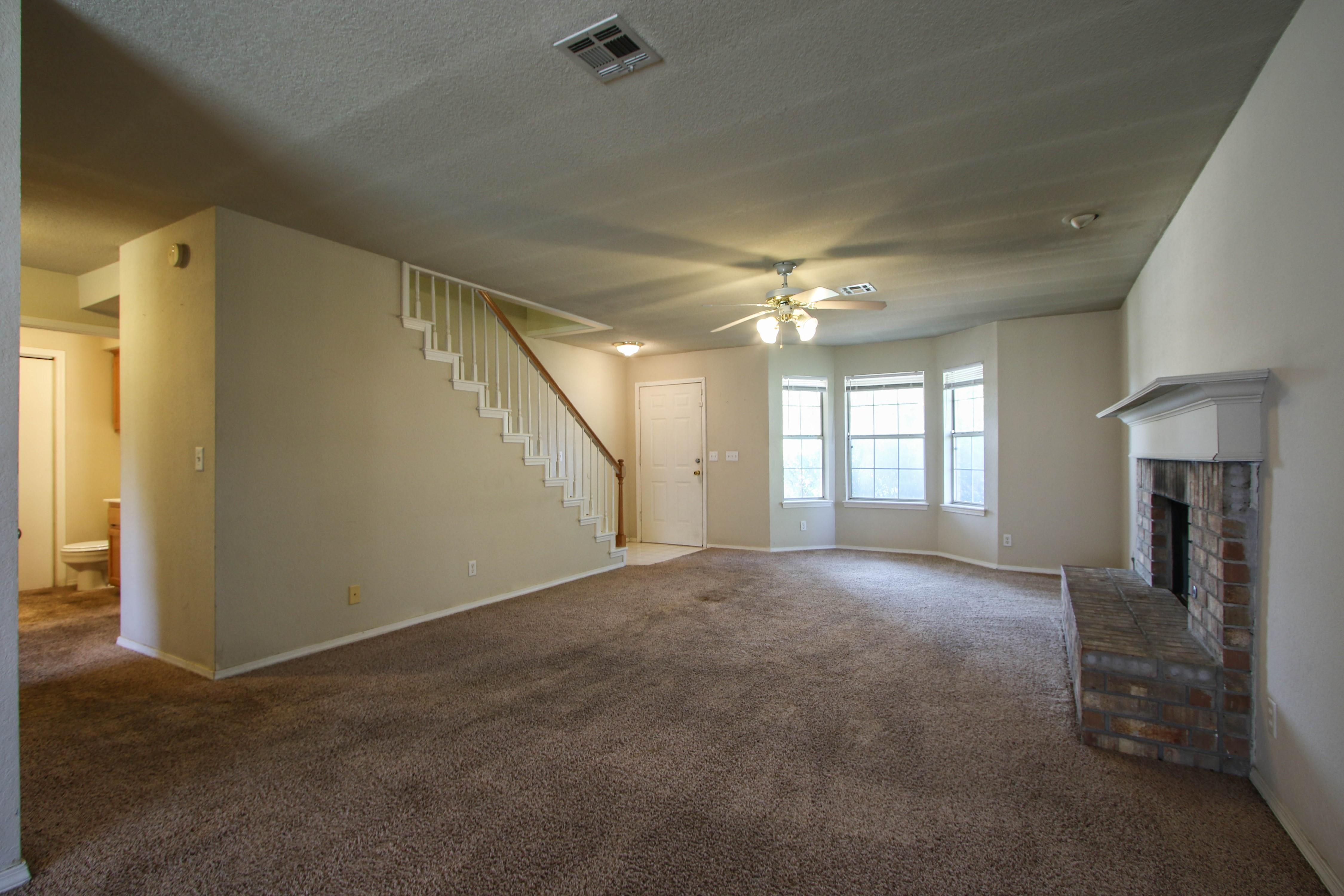 8723 E 60th Place Property Photo 7