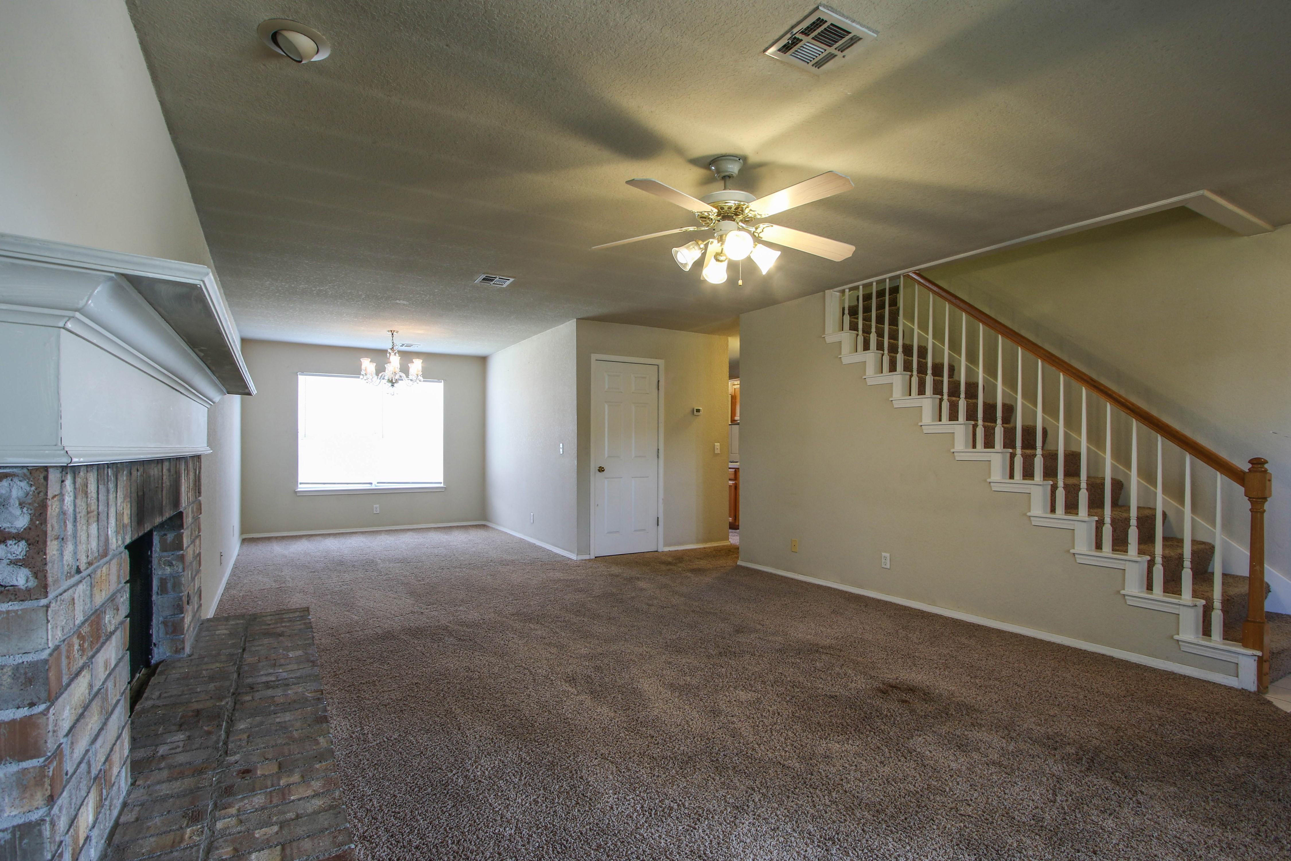 8723 E 60th Place Property Photo 6