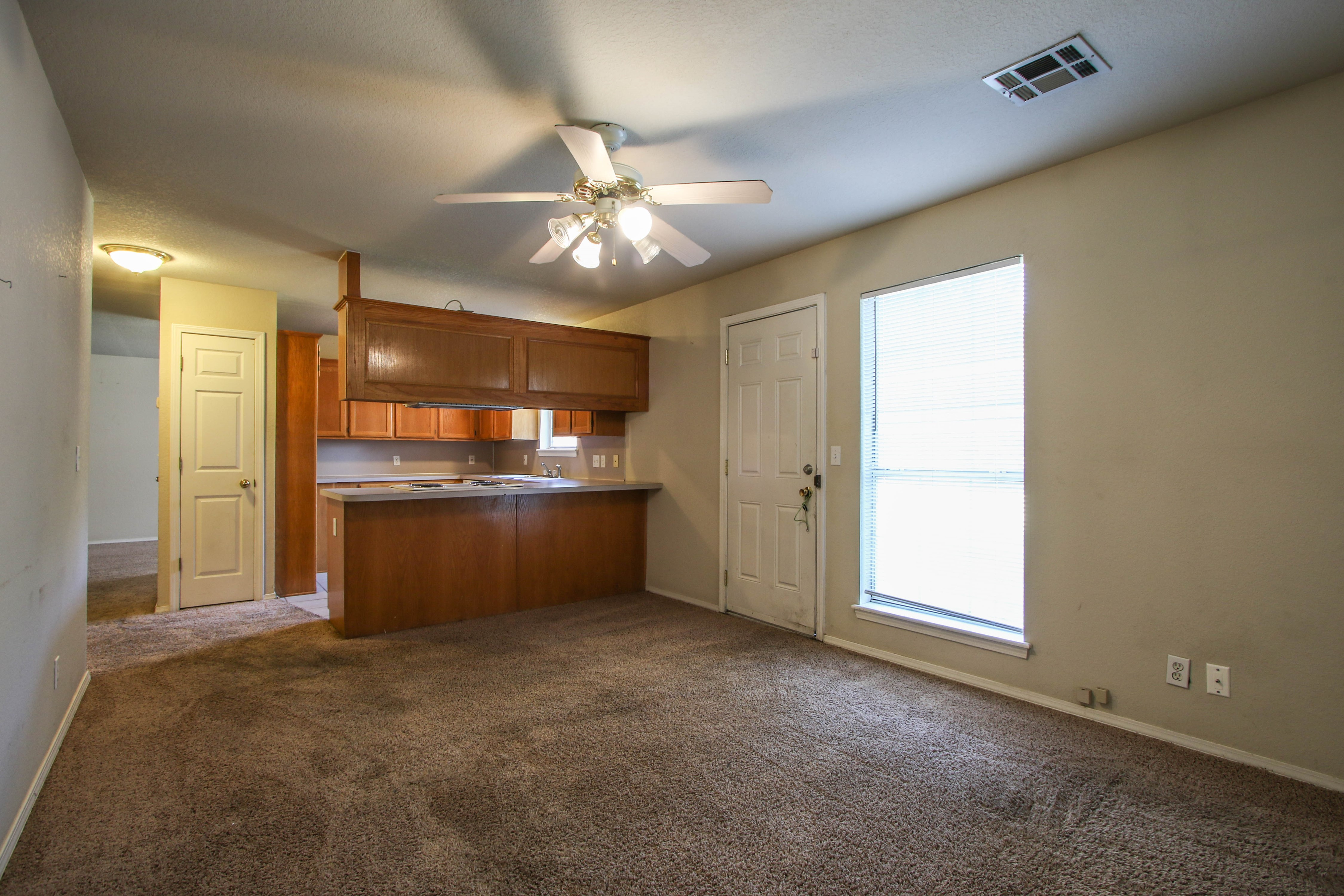 8723 E 60th Place Property Photo 10