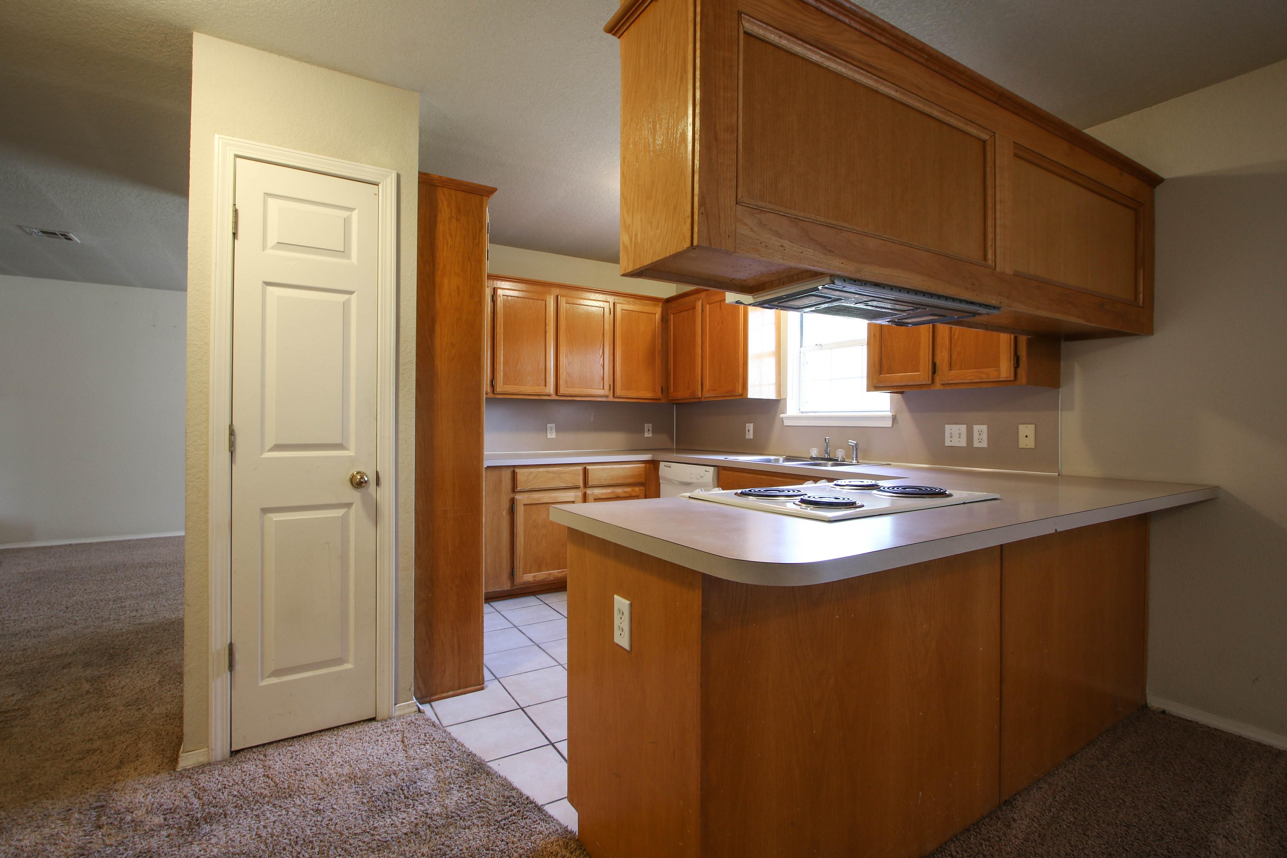 8723 E 60th Place Property Photo 11
