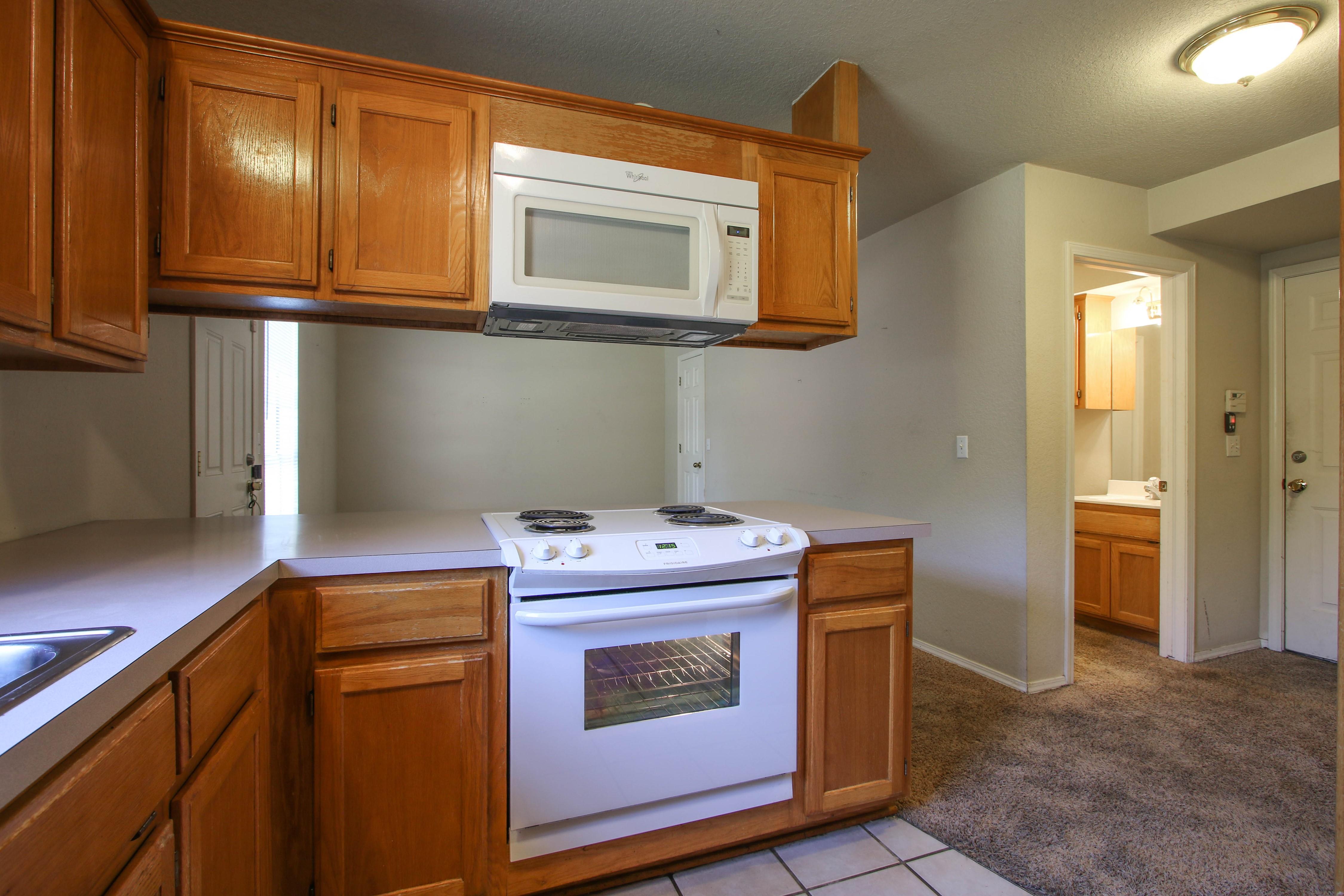 8723 E 60th Place Property Photo 14