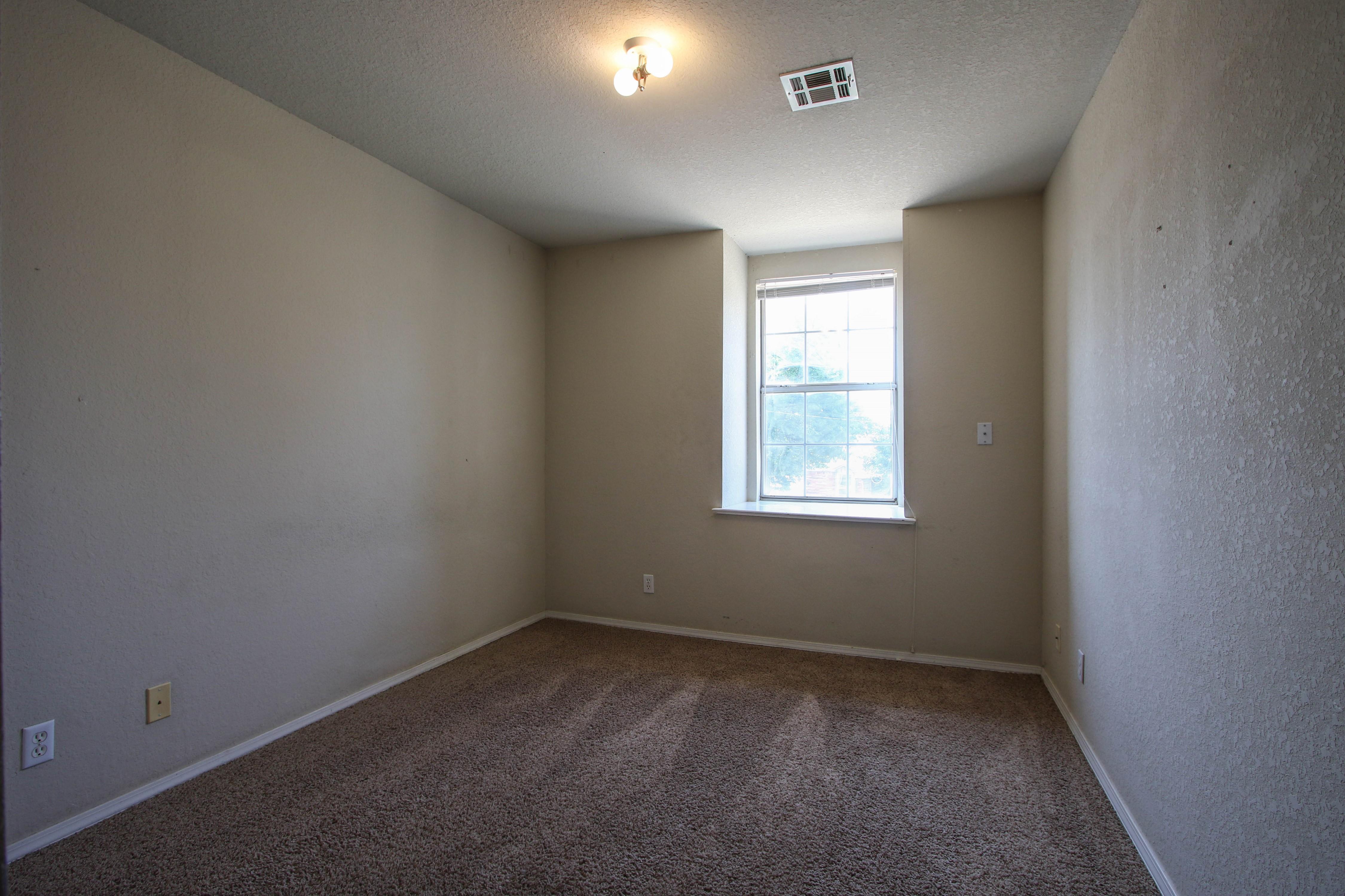 8723 E 60th Place Property Photo 22