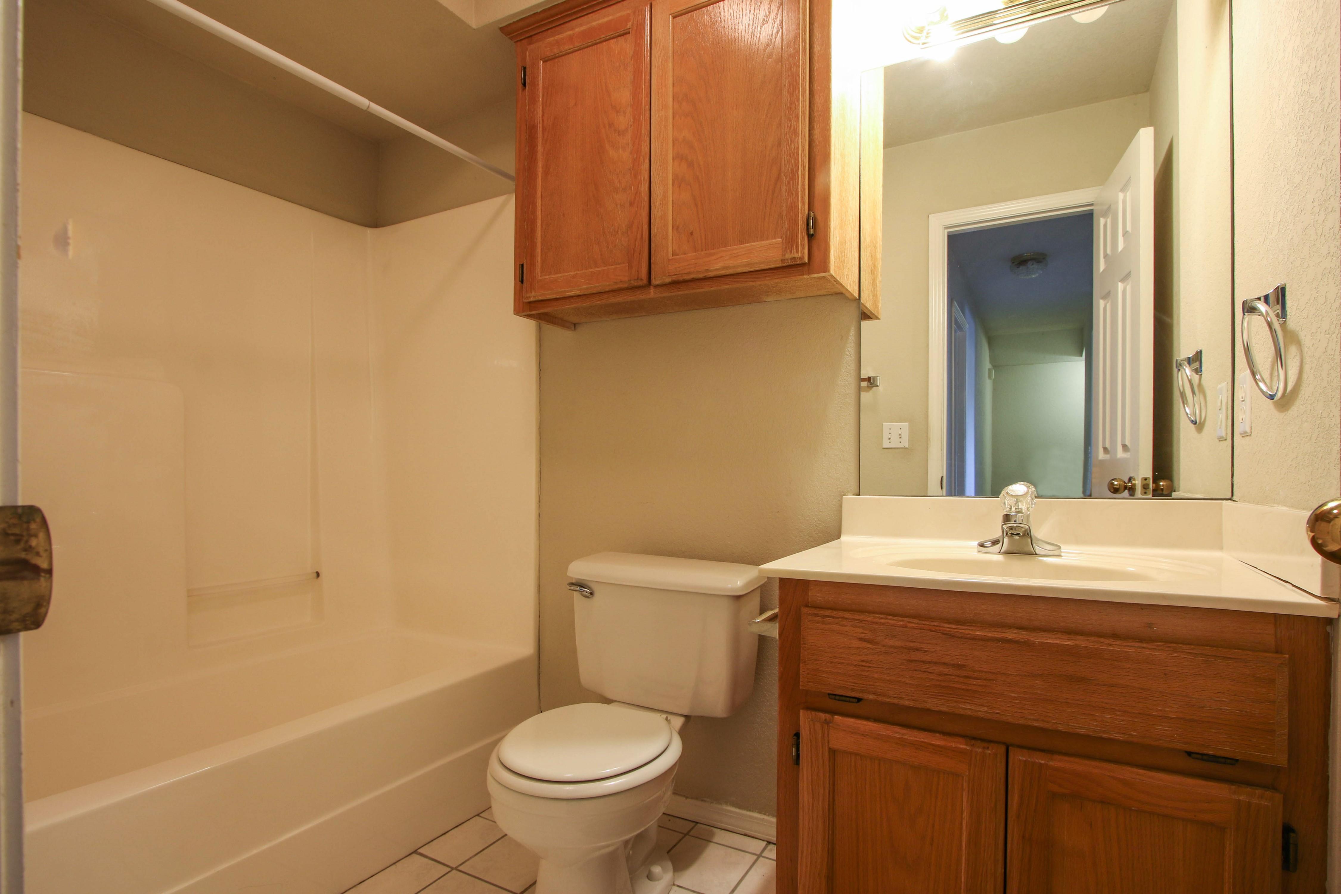 8723 E 60th Place Property Photo 21