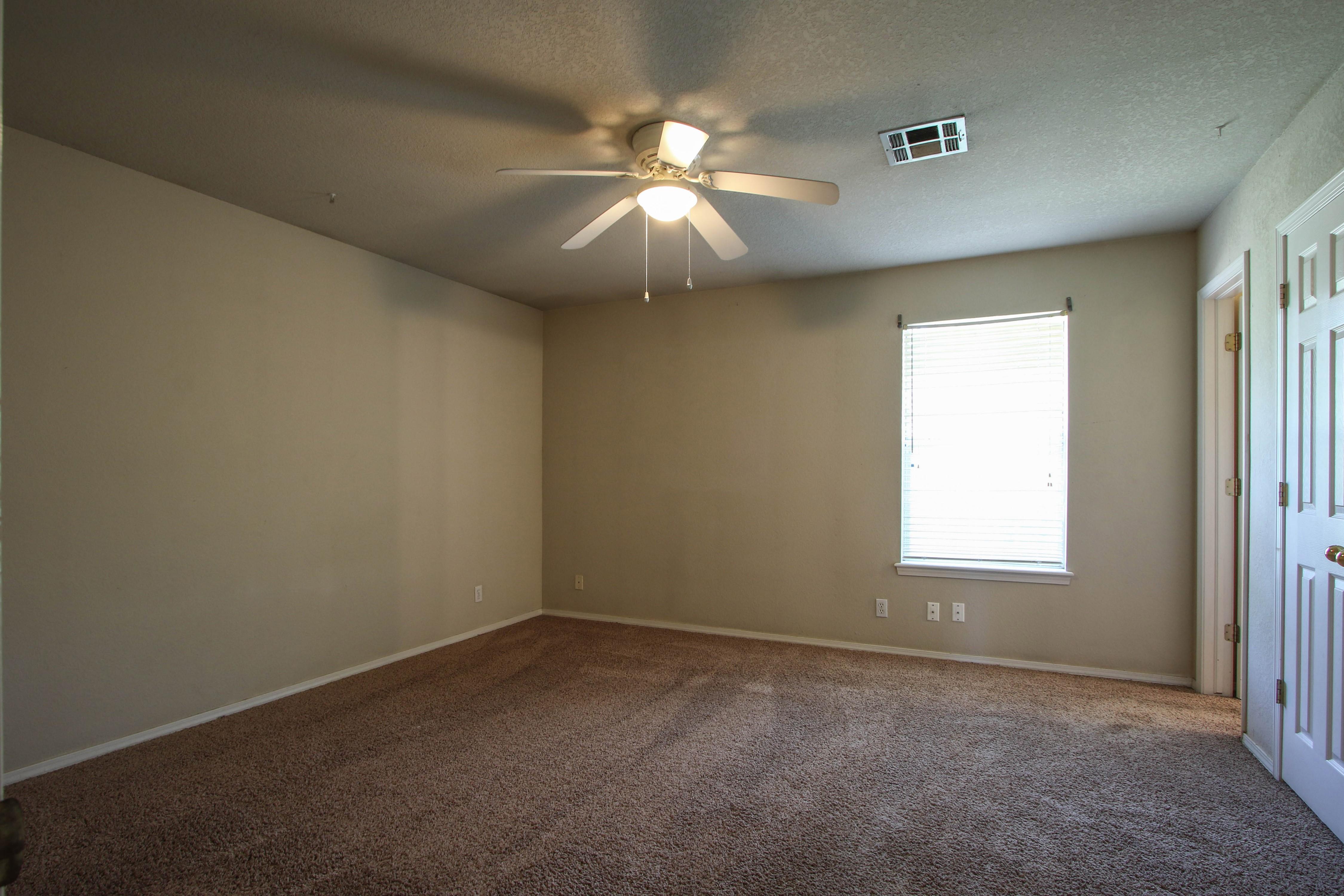 8723 E 60th Place Property Photo 17