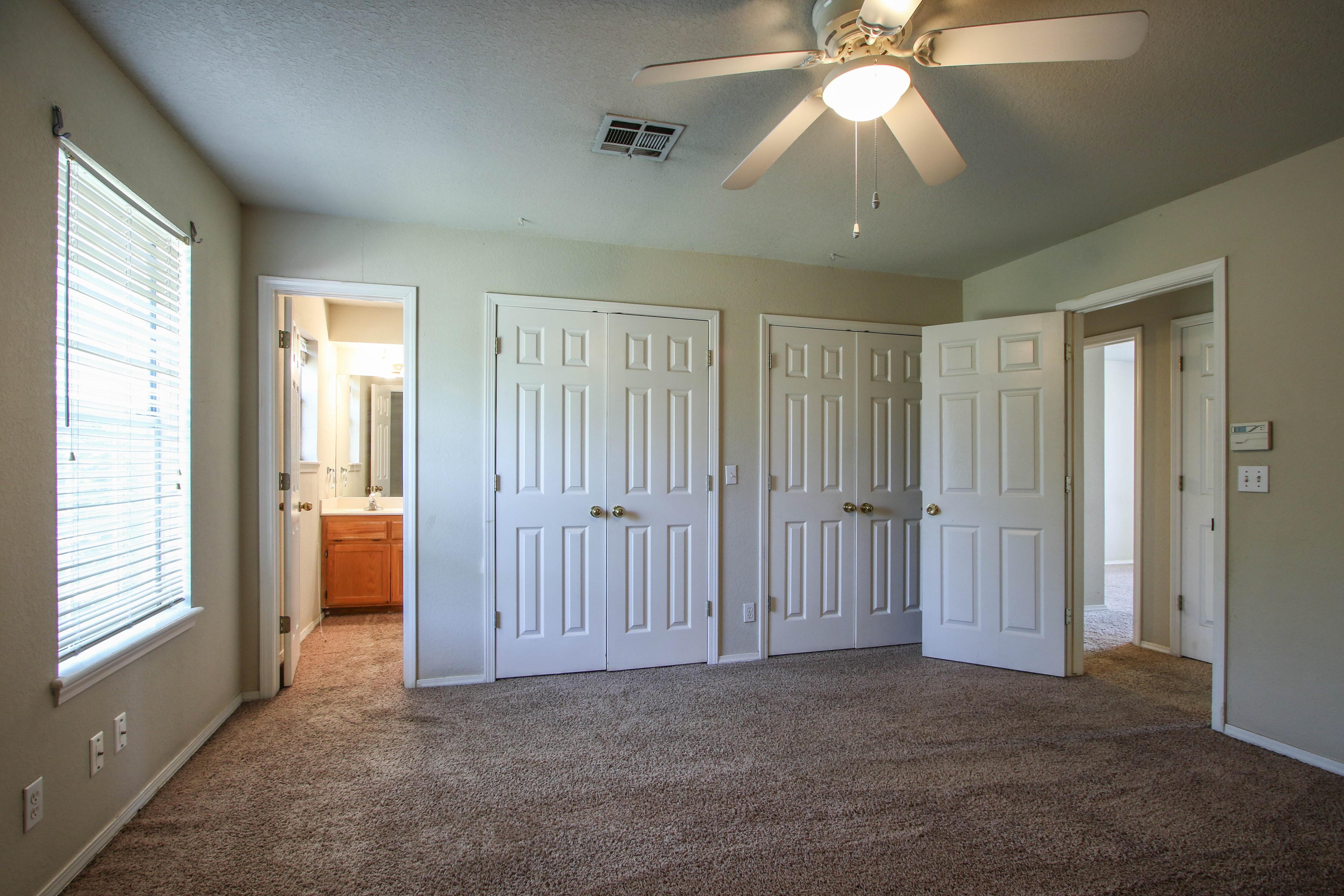 8723 E 60th Place Property Photo 18