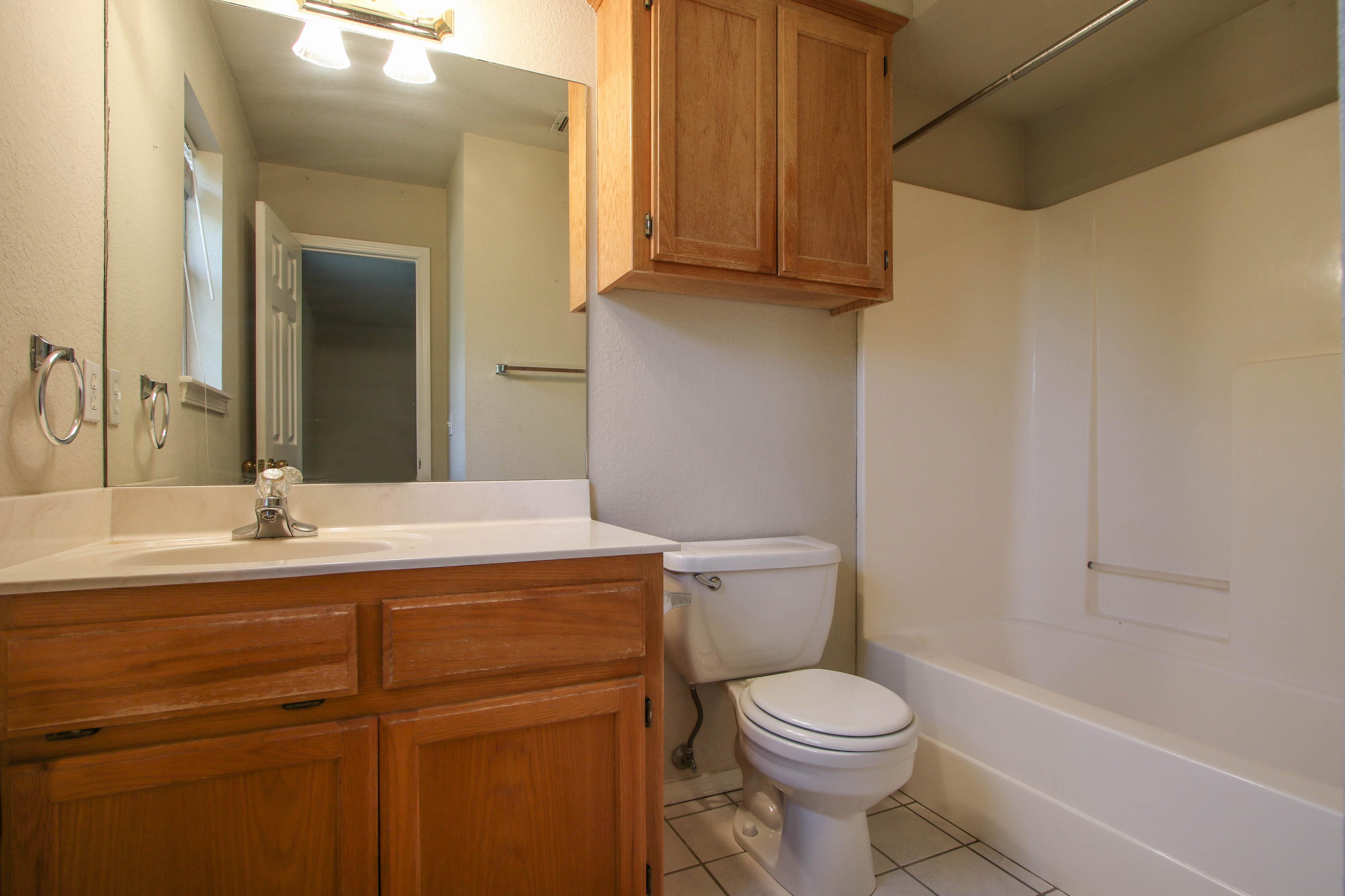 8723 E 60th Place Property Photo 19