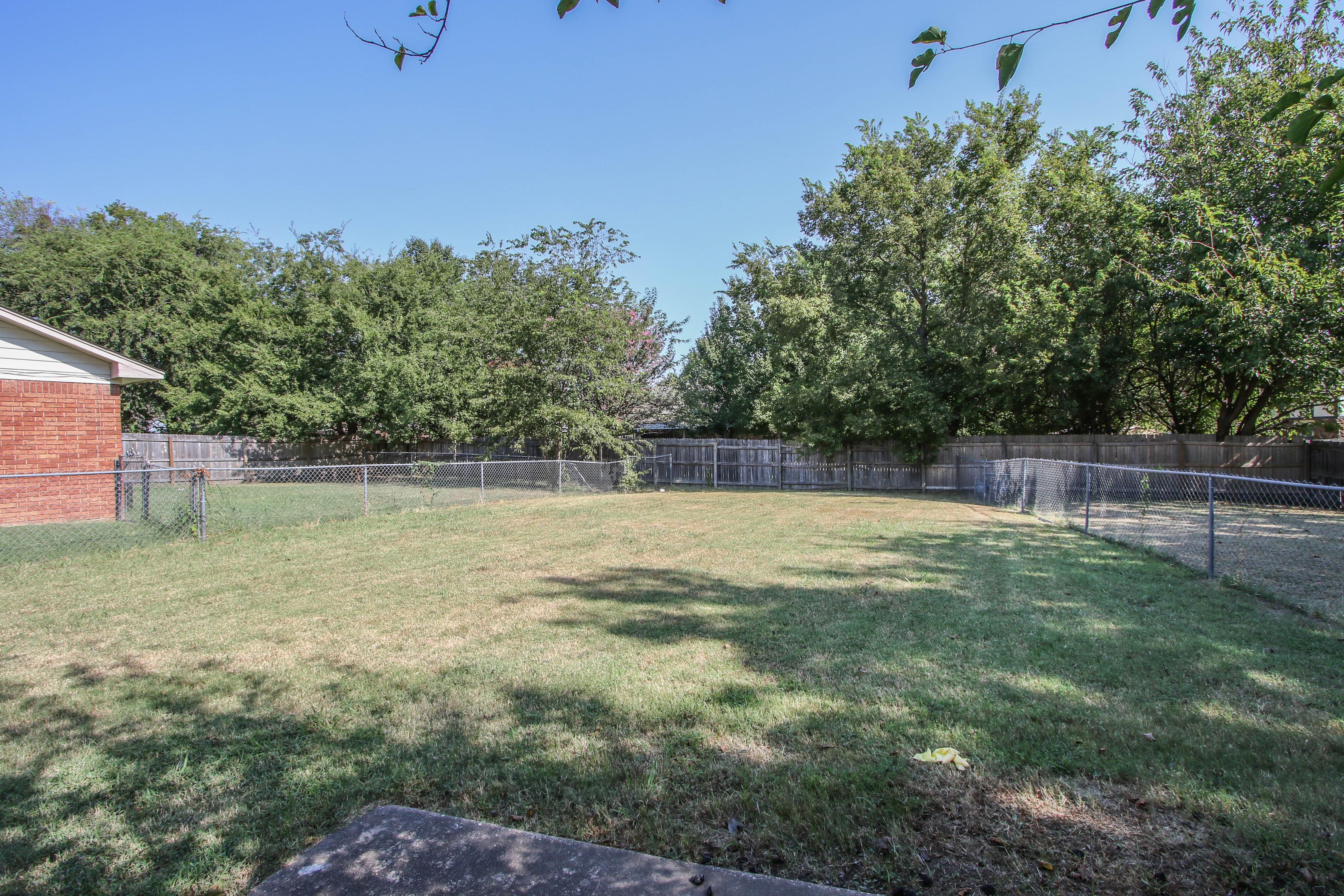 8723 E 60th Place Property Photo 23