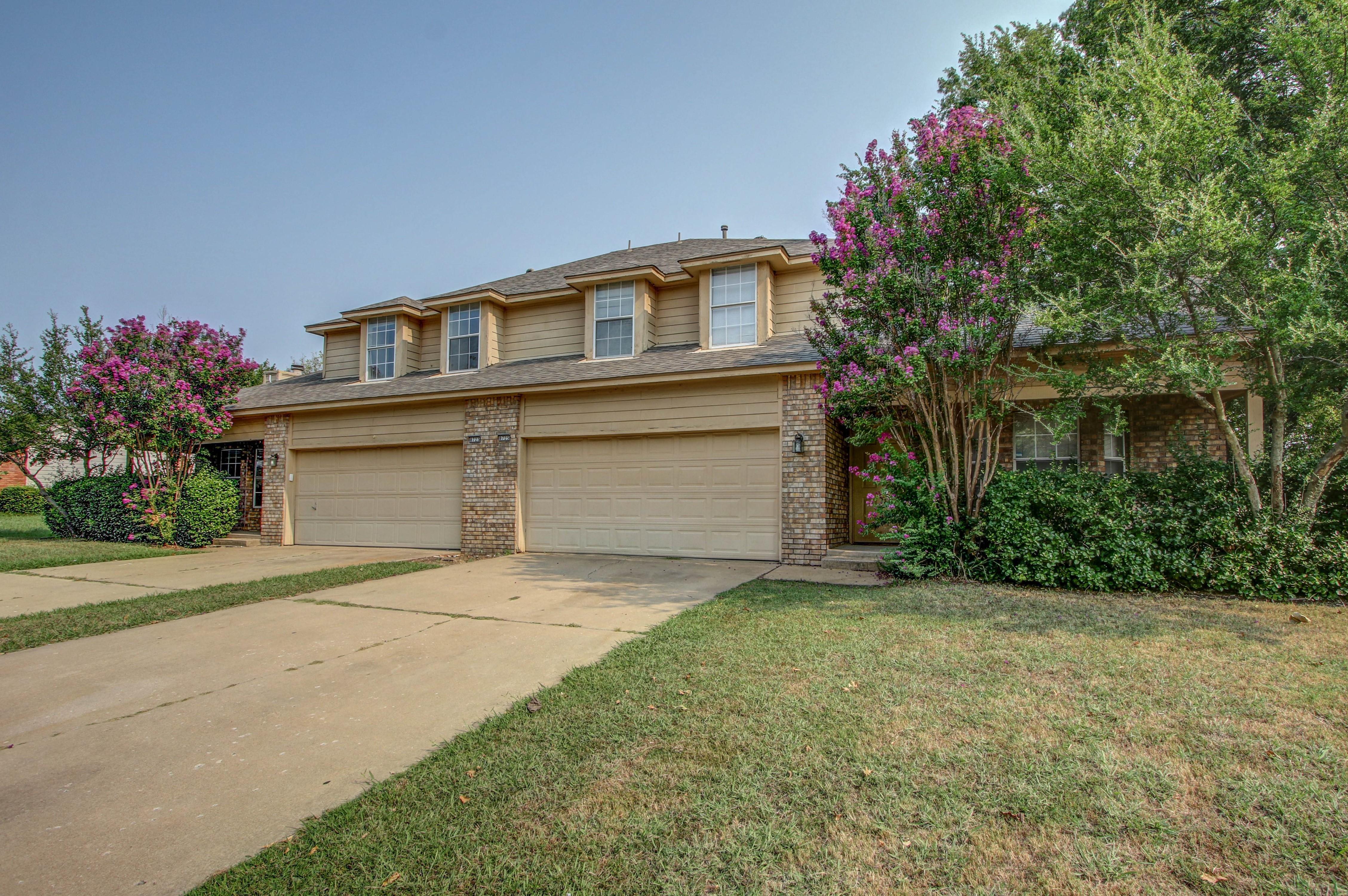 8723 E 60th Place Property Photo 2