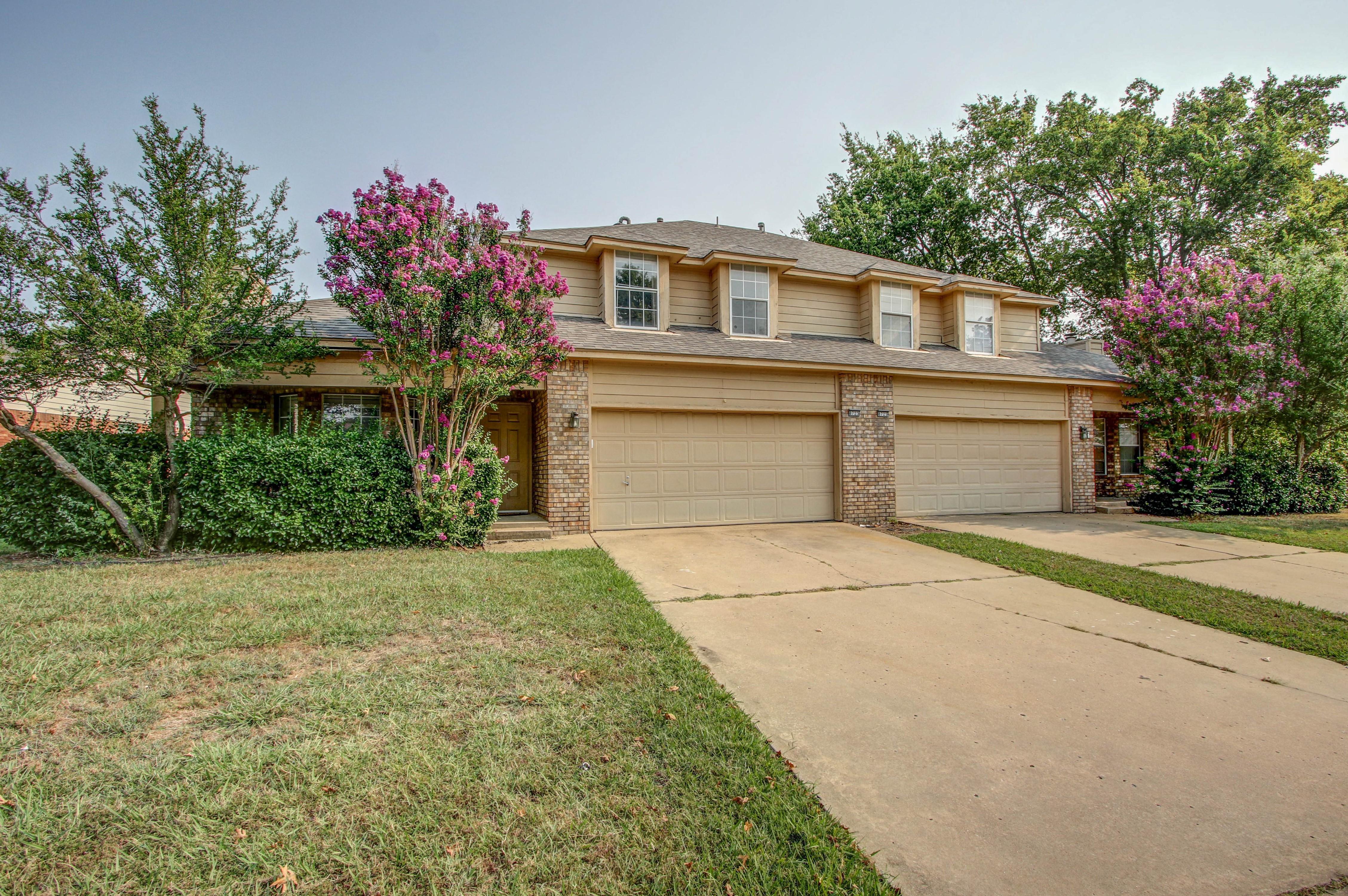 8723 E 60th Place Property Photo 3