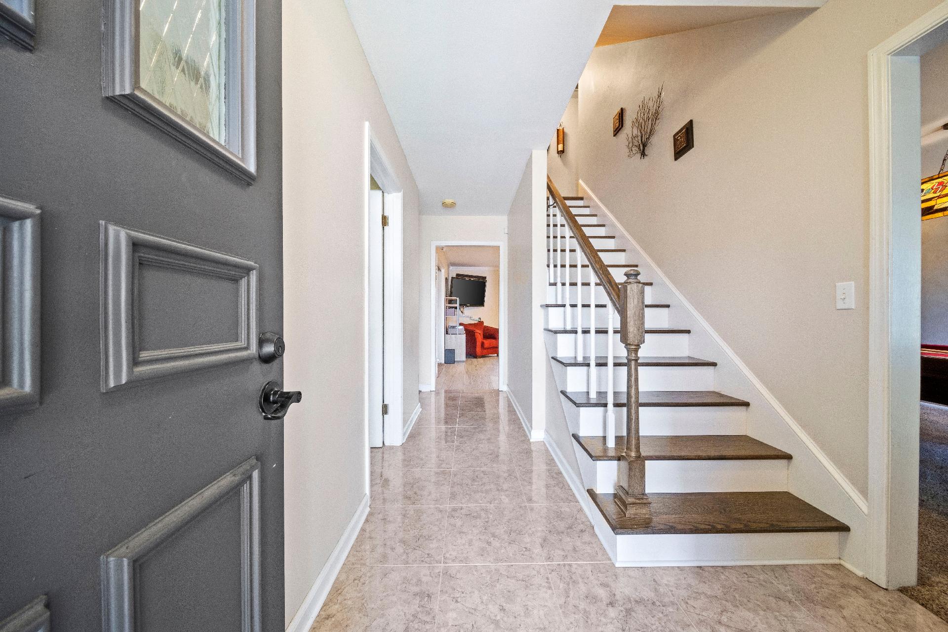 6616 E 54th Street Property Photo 5