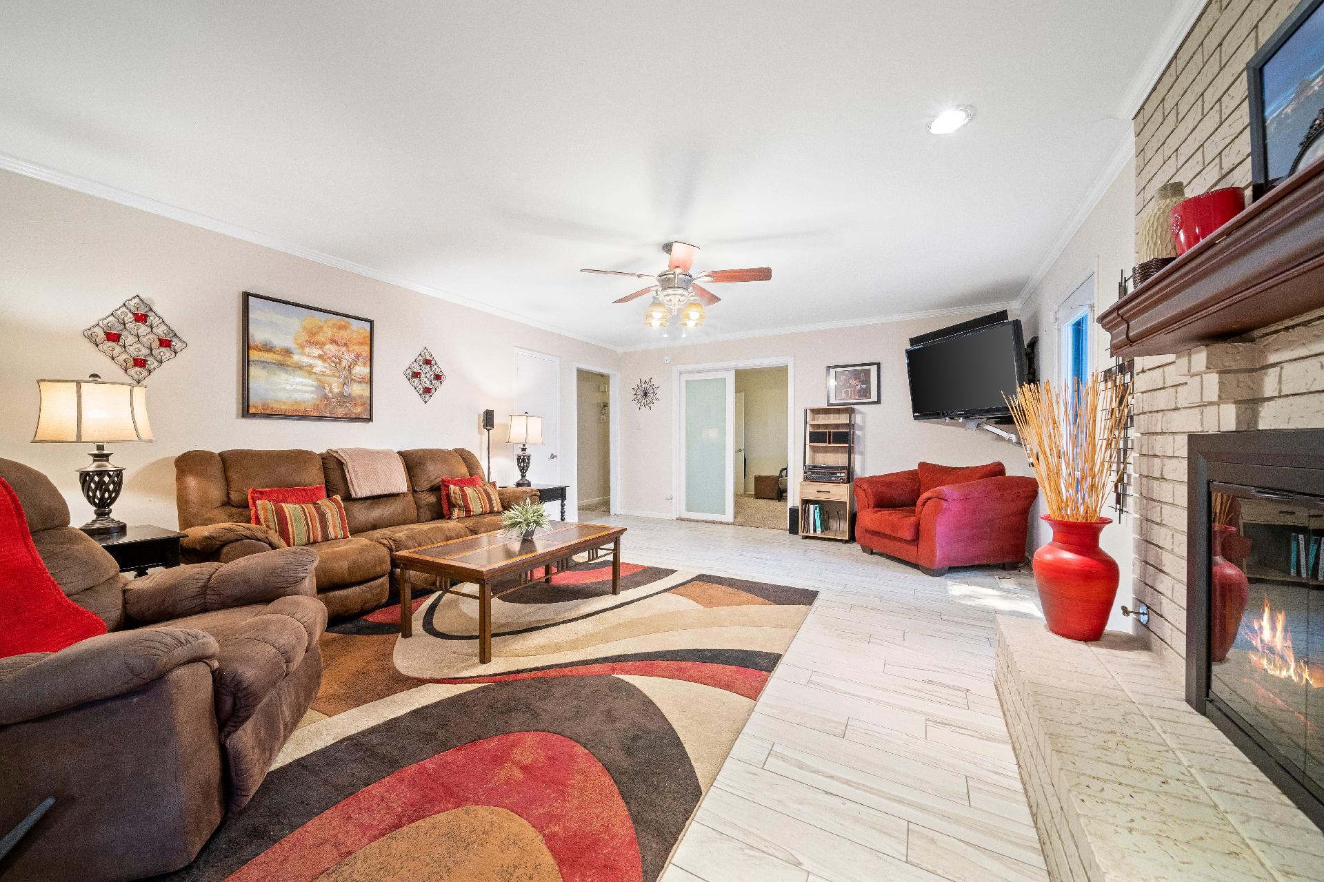 6616 E 54th Street Property Photo 8