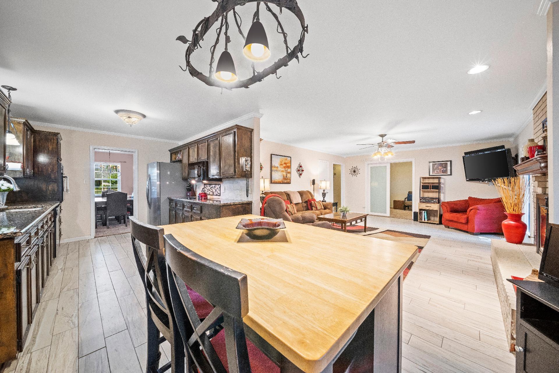 6616 E 54th Street Property Photo 10