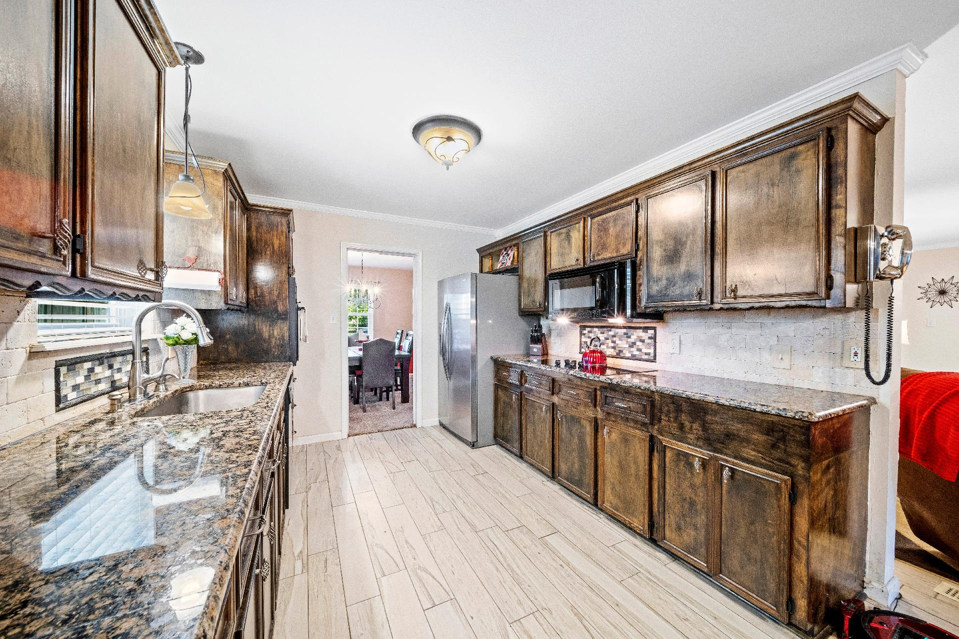 6616 E 54th Street Property Photo 11