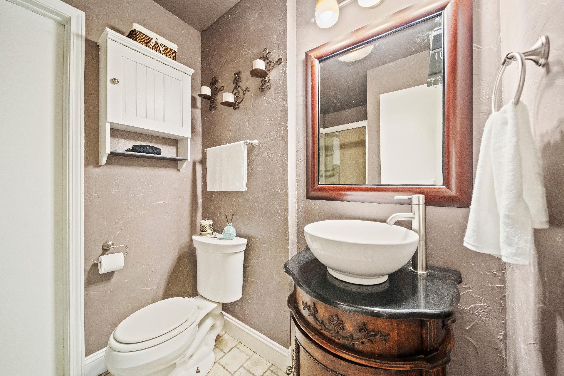 6616 E 54th Street Property Photo 17