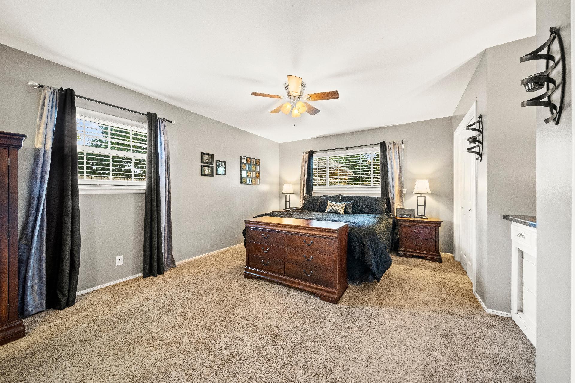 6616 E 54th Street Property Photo 18