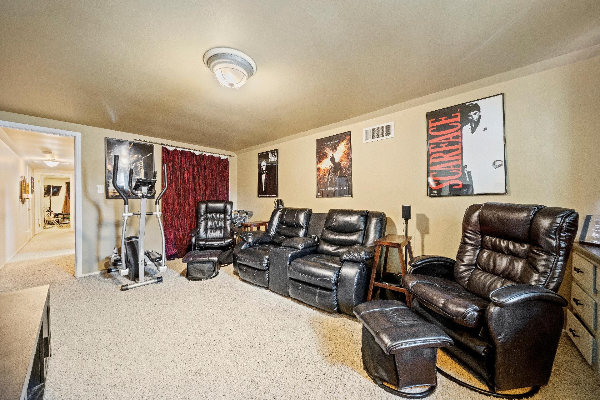 6616 E 54th Street Property Photo 23
