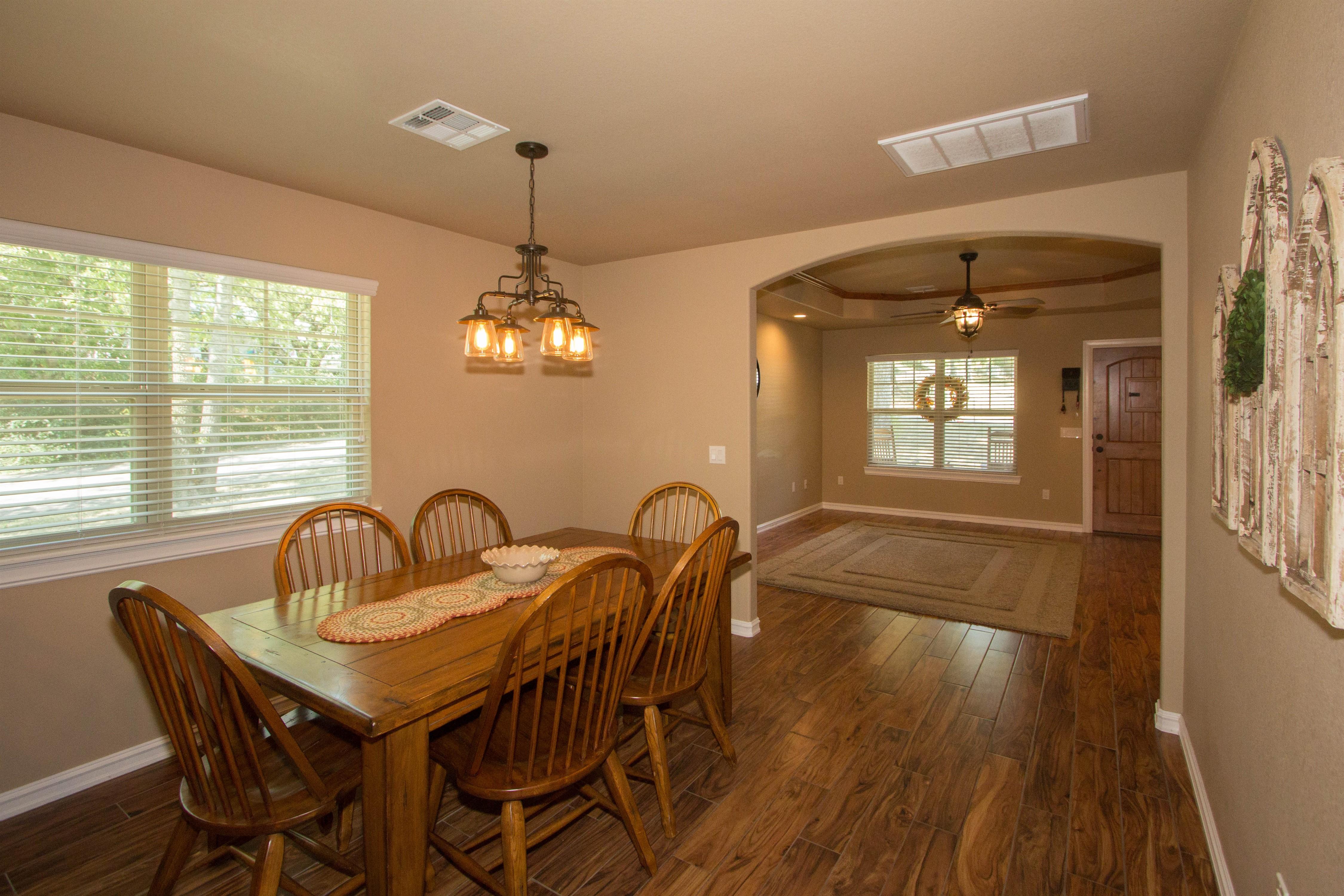 824 W Roosevelt Avenue Property Photo 7