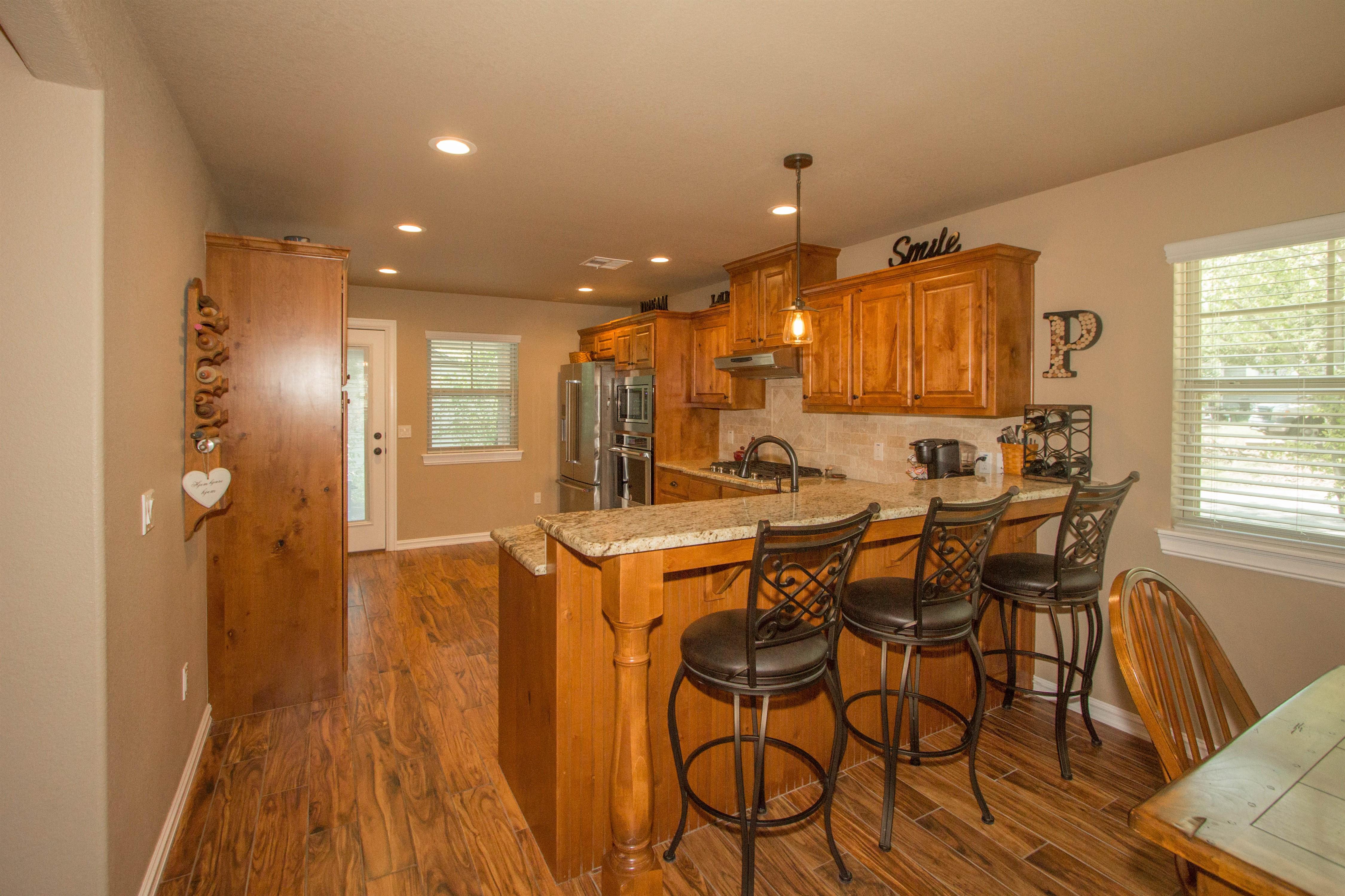 824 W Roosevelt Avenue Property Photo 8