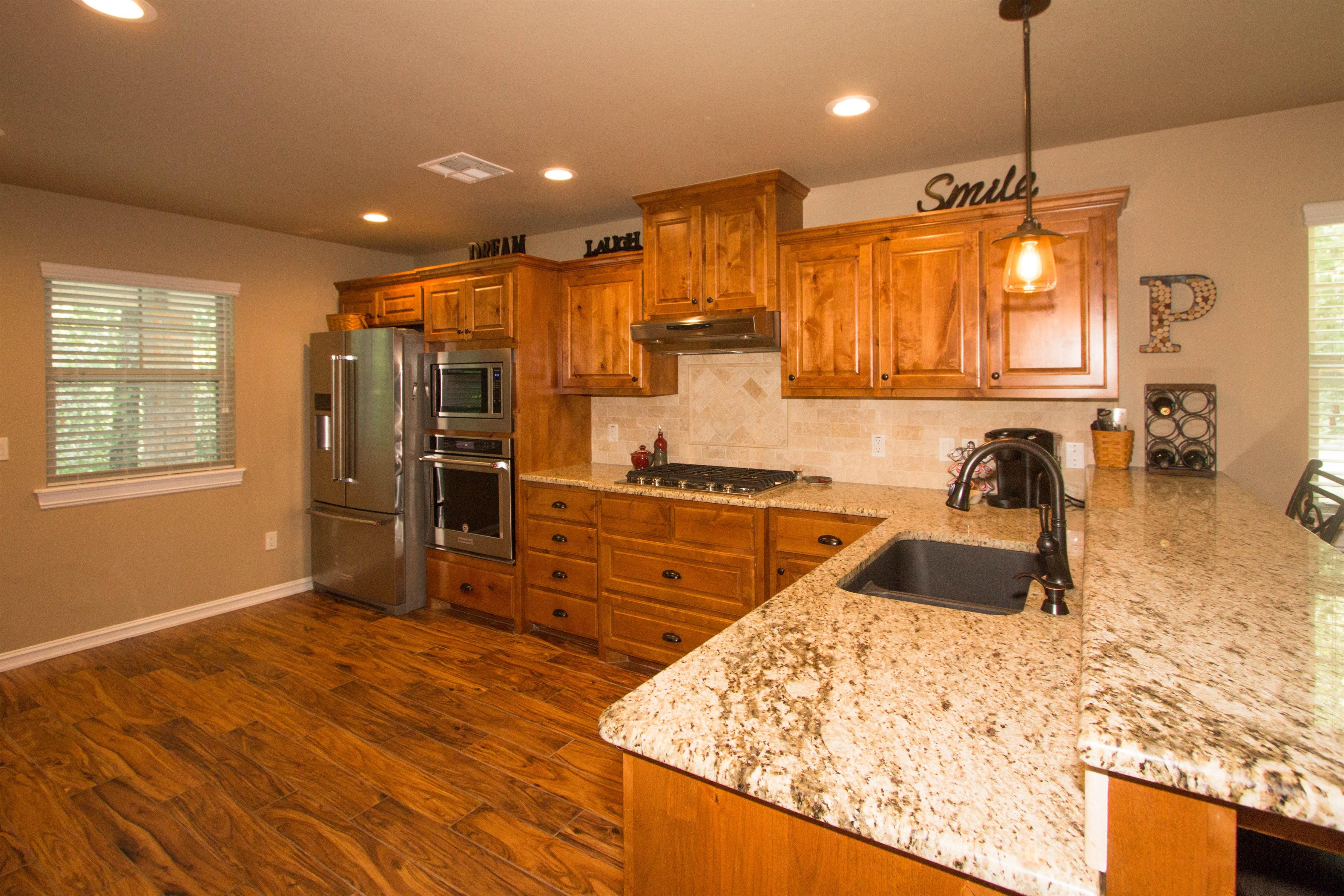 824 W Roosevelt Avenue Property Photo 9