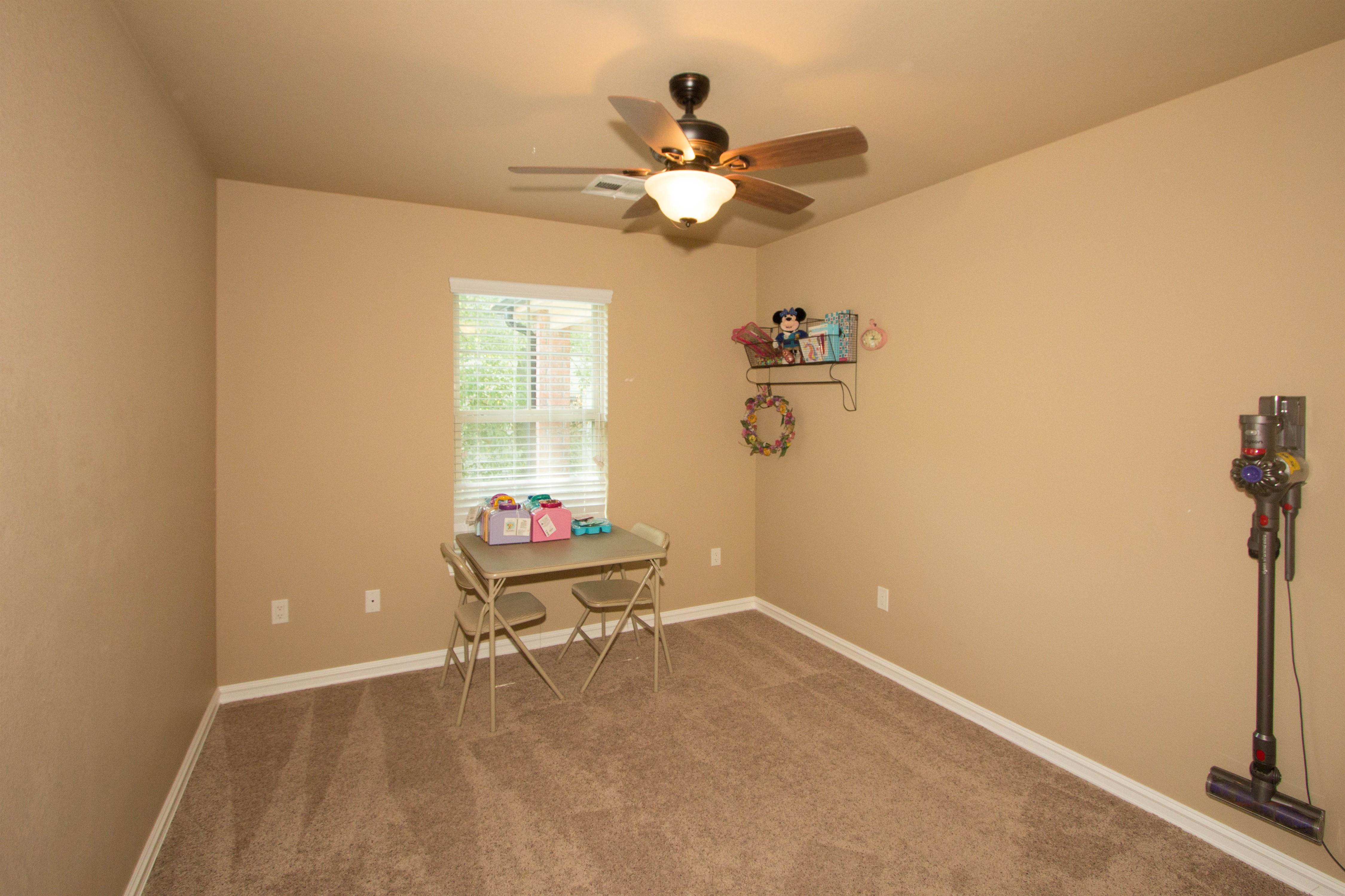 824 W Roosevelt Avenue Property Photo 12