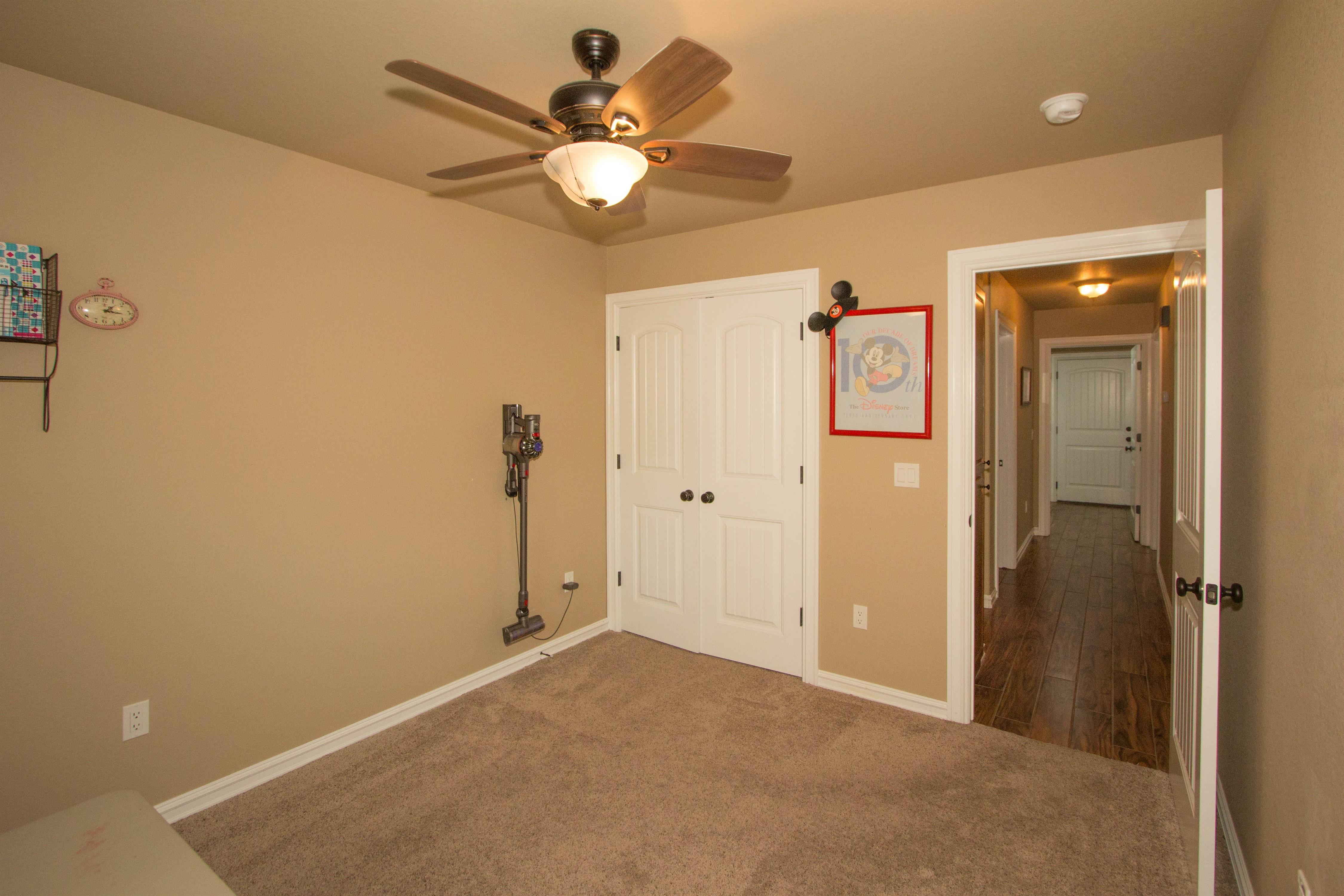 824 W Roosevelt Avenue Property Photo 13